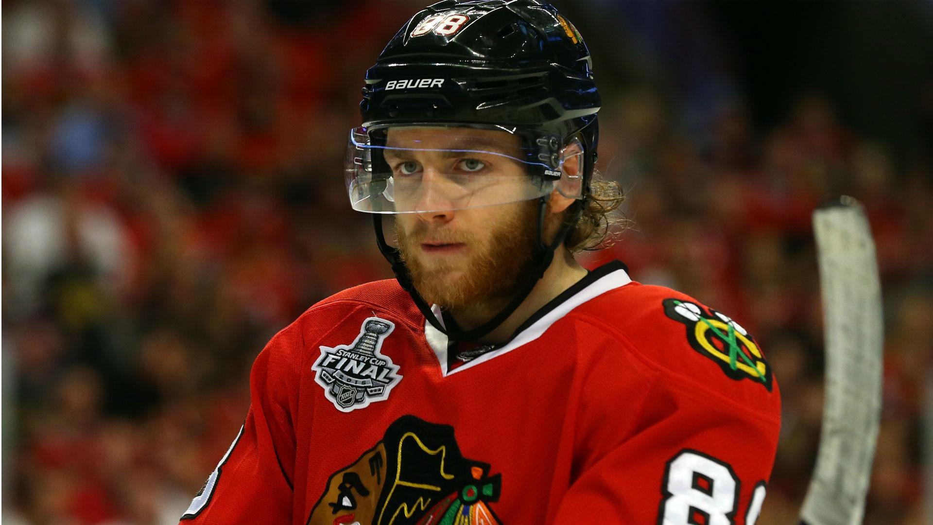 Patrick Kane greeted with applause in Blackhawks' preseason opener | NHL |  Sporting News
