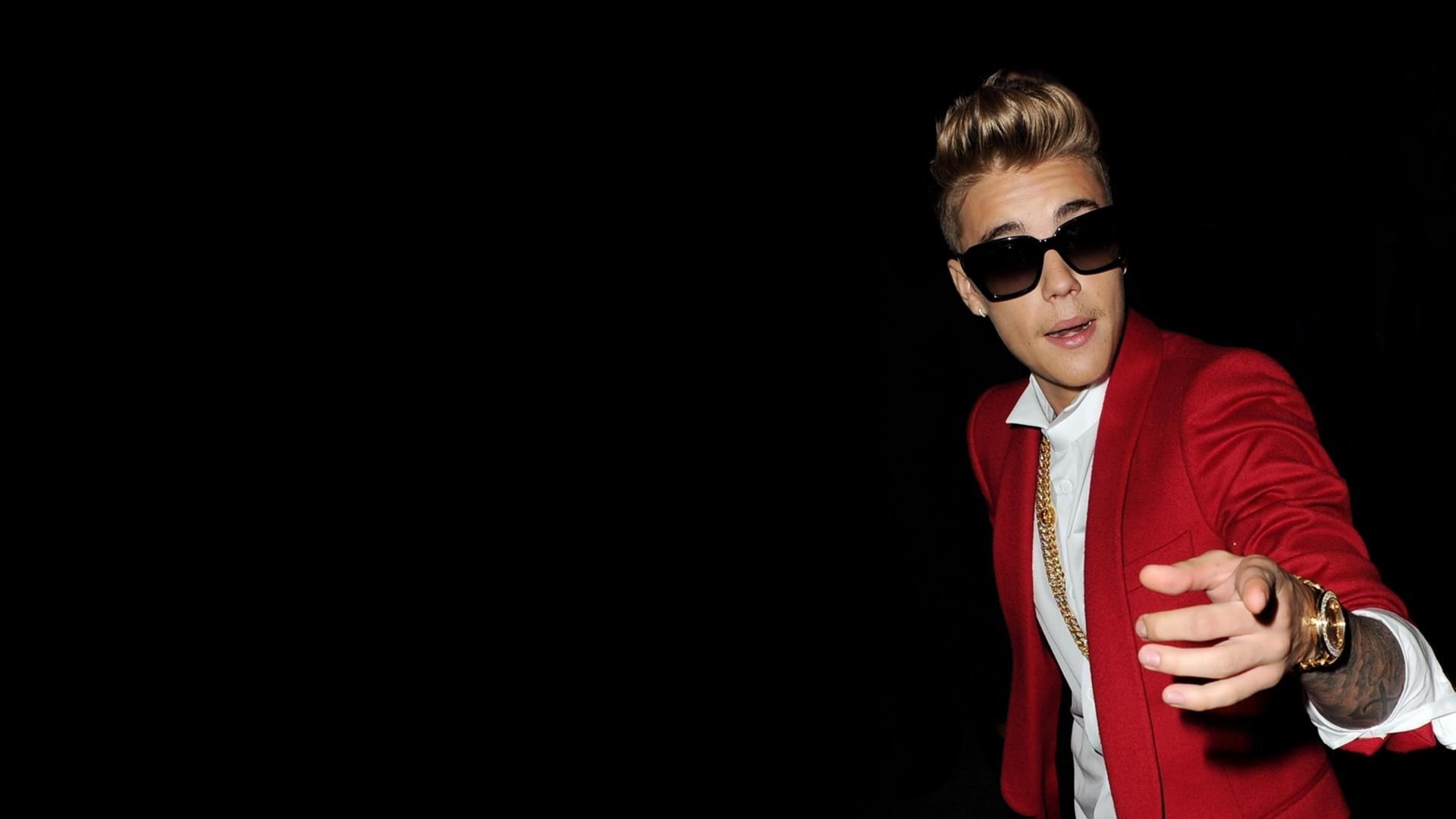 Justin Bieber Photo Wallpaper Hd In Men Wallpapers Hd Fpdjair