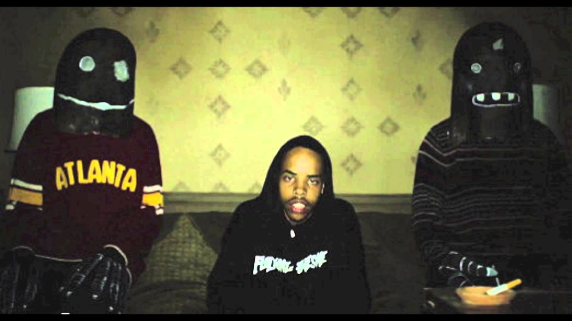 Earl Sweatshirt featuring Vince Staples & Casey Veggies – Hive