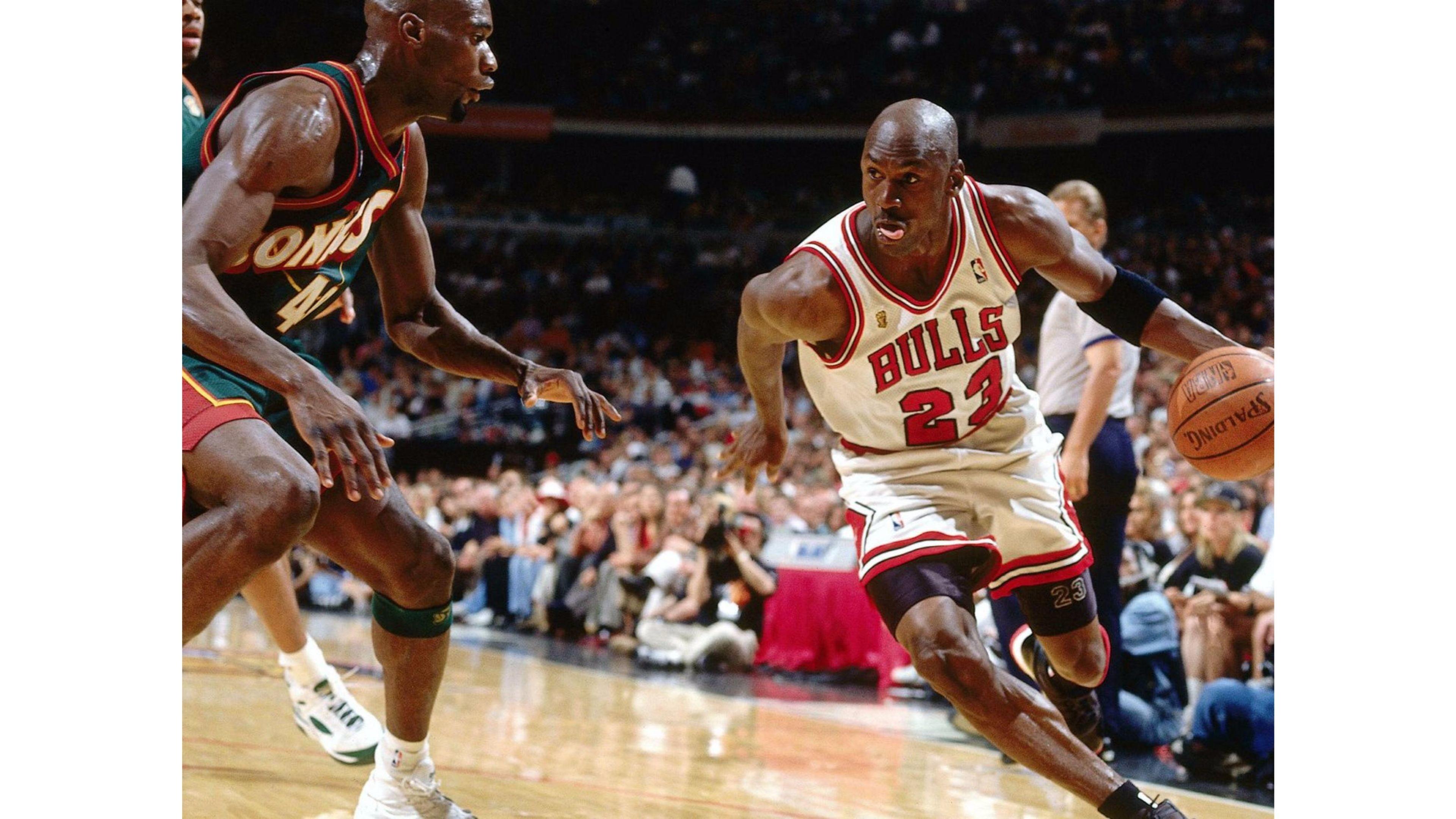 Shawn Kemp vs Michael Jordan 4K Wallpaper