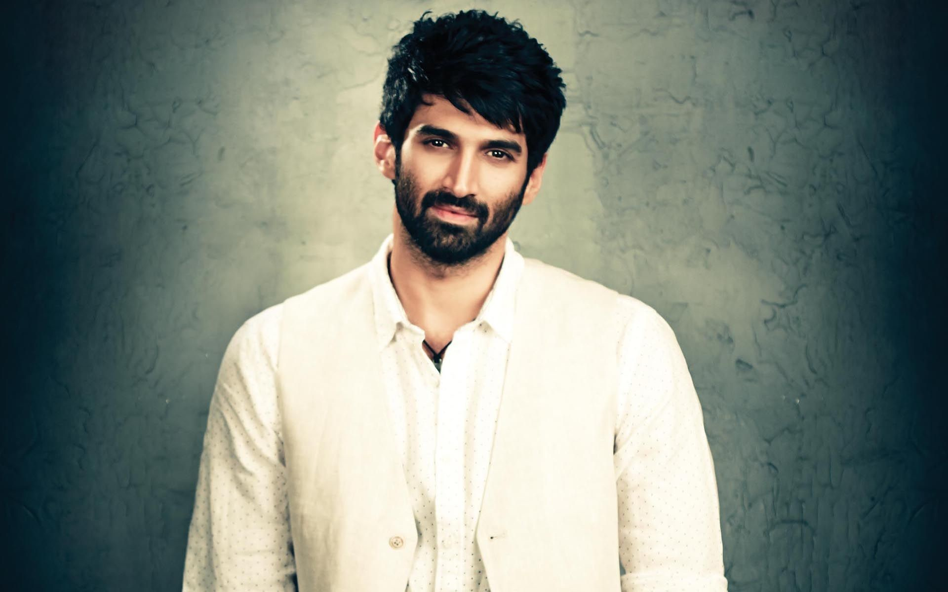 Aditya Roy Kapur Biography And HD Wallpapers – For more please visit to our  site etcfn