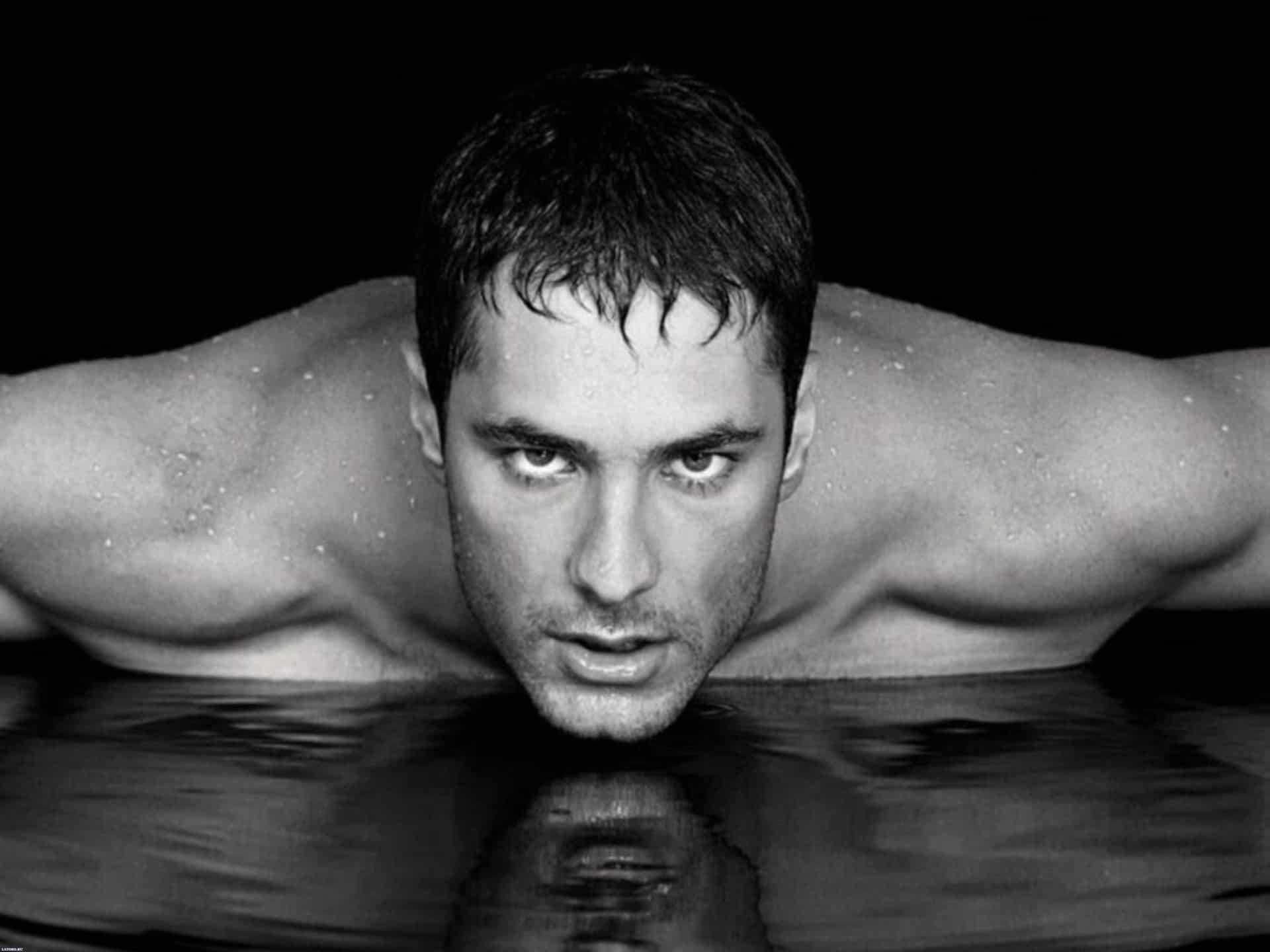 Hot and Sexy Men Wallpapers for PC (8)