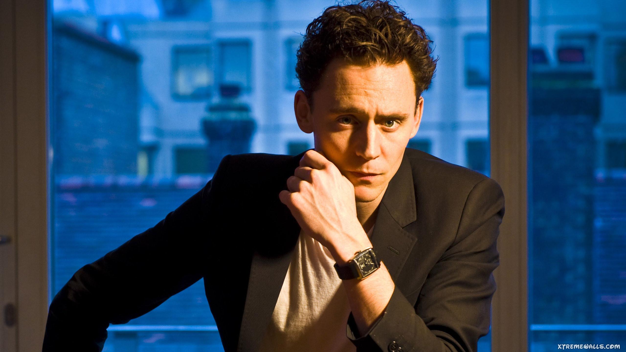 Tom Hiddleston HD Wallpaper #192