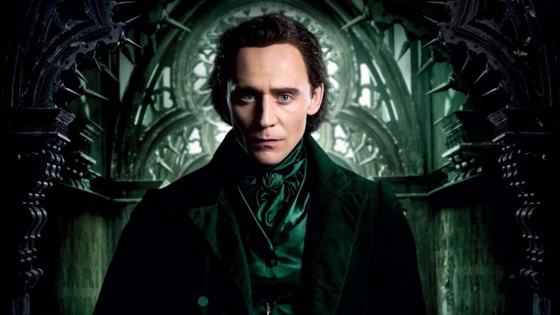 Tom Hiddleston In Crimson Peak 2015