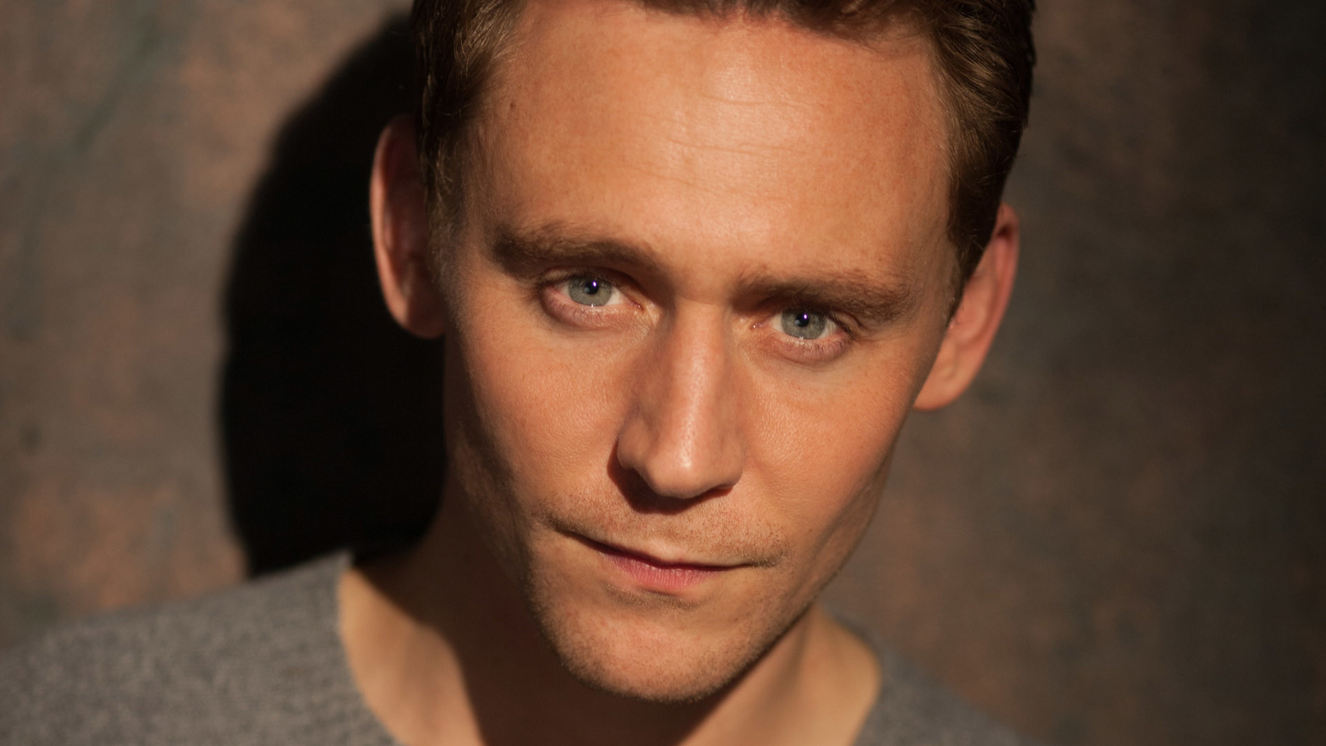 HD Tom Hiddleston Wallpapers – HdCoolWallpapers.Com
