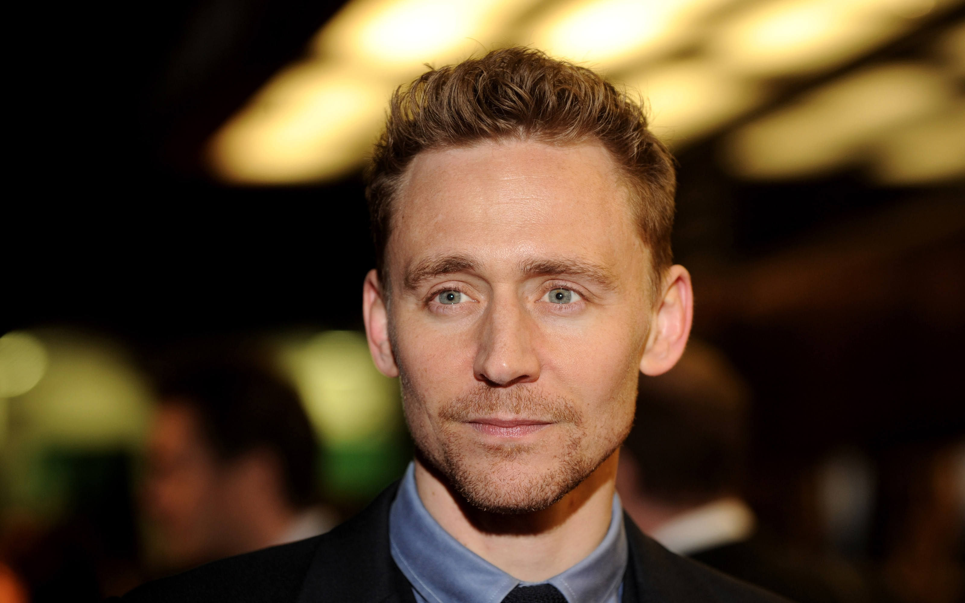 tom-hiddleston-wallpapers-13