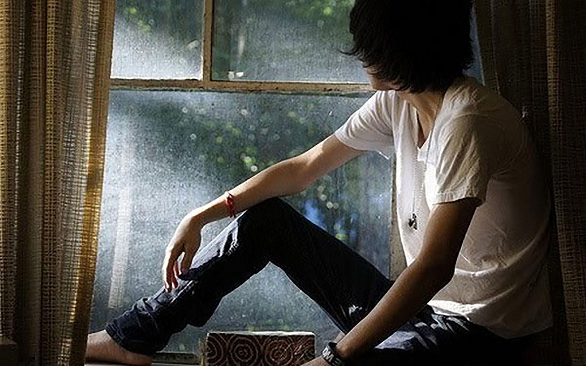 sad alone boy wallpaper