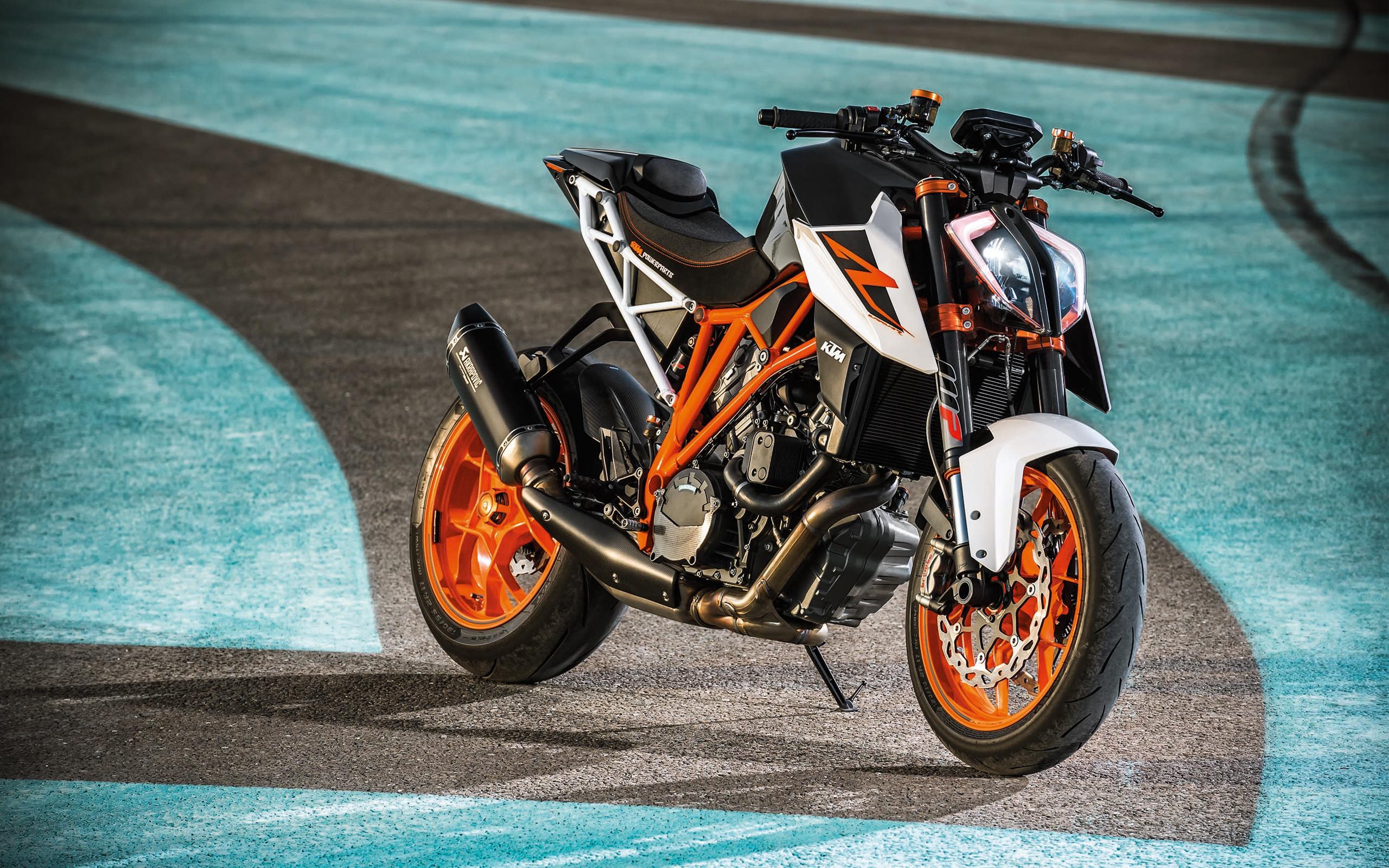 KTM 1290 Super Duke R 2017