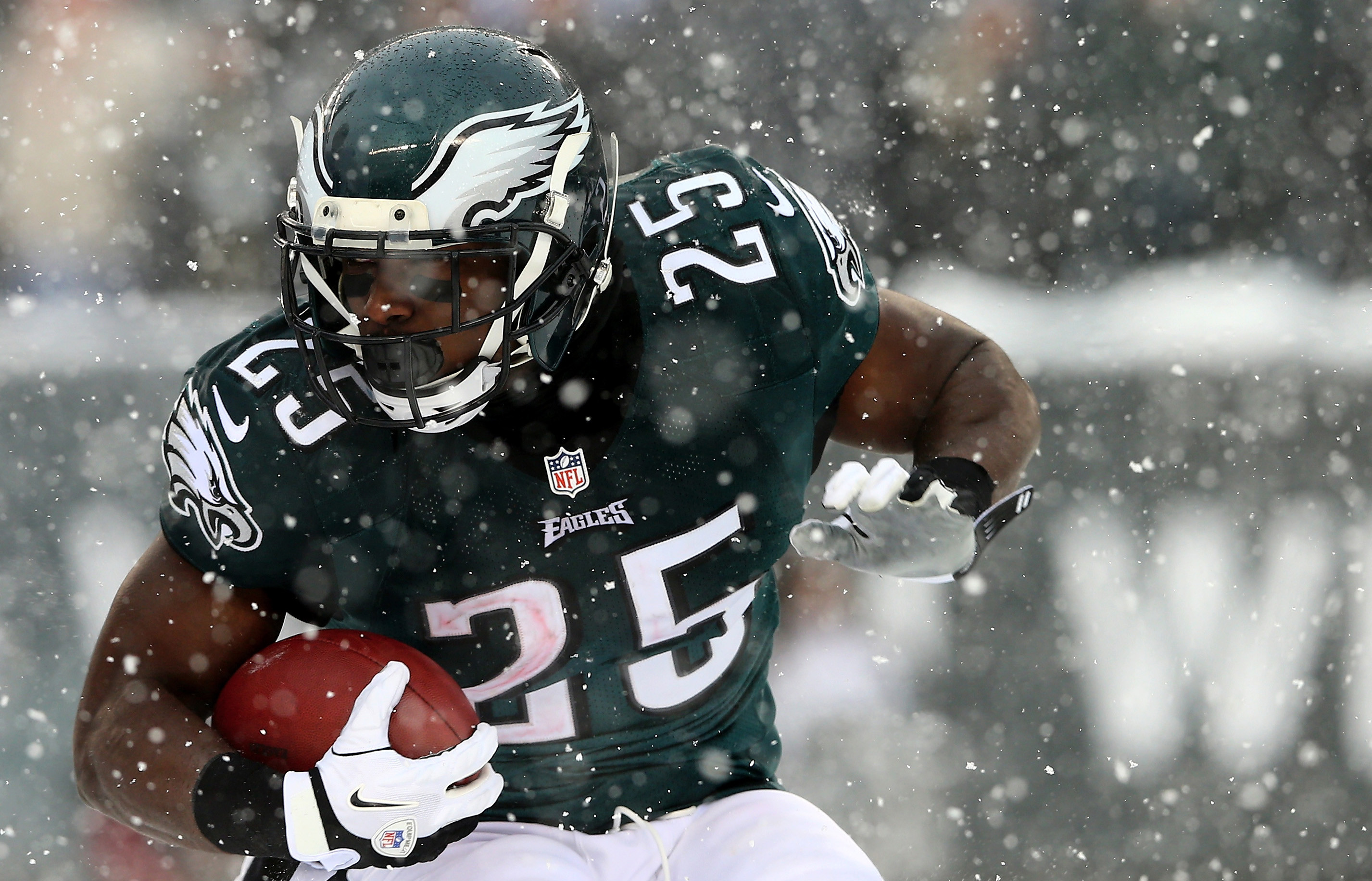 LeSean McCoy to be traded to Bills for LB Kiko Alonso — NFL — The Sports  Quotient