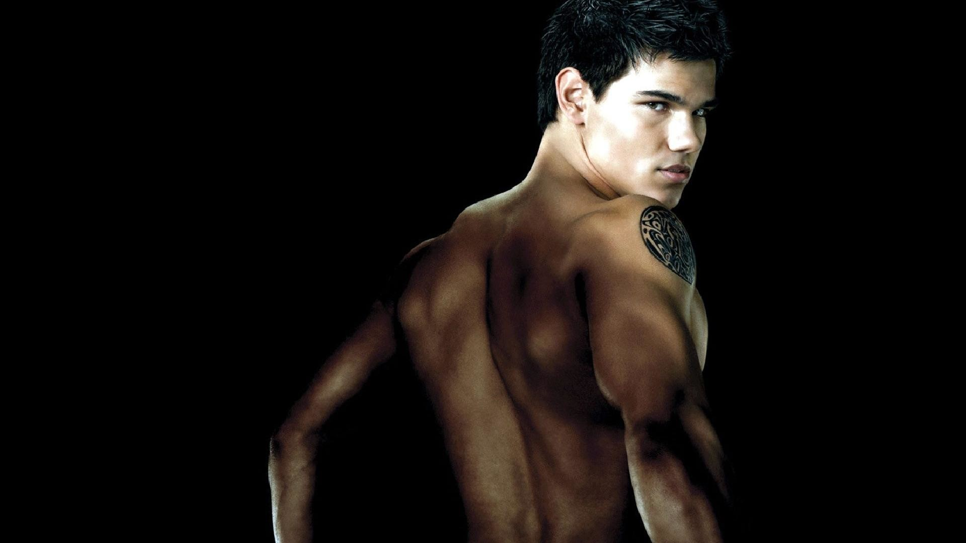 Taylor Lautner Shirtless Wallpaper Desktop Images & Pictures – Becuo