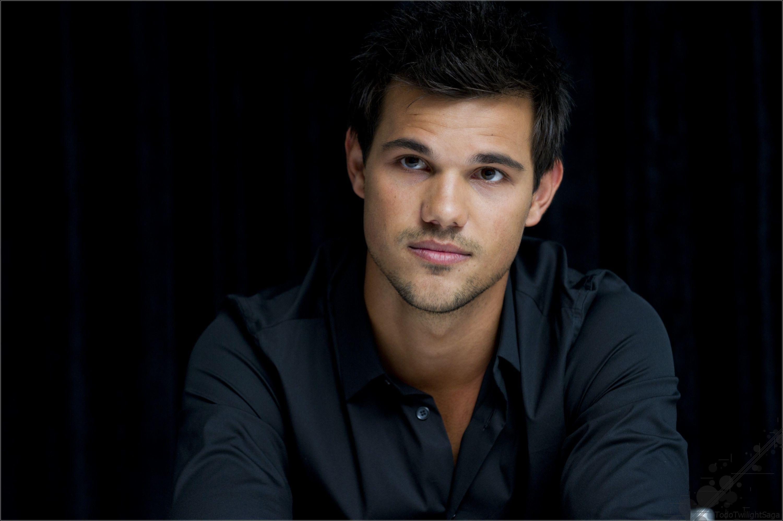 Shirtless Taylor Lautner HD Wallpapers #3532 Wallpaper | Wallapik.