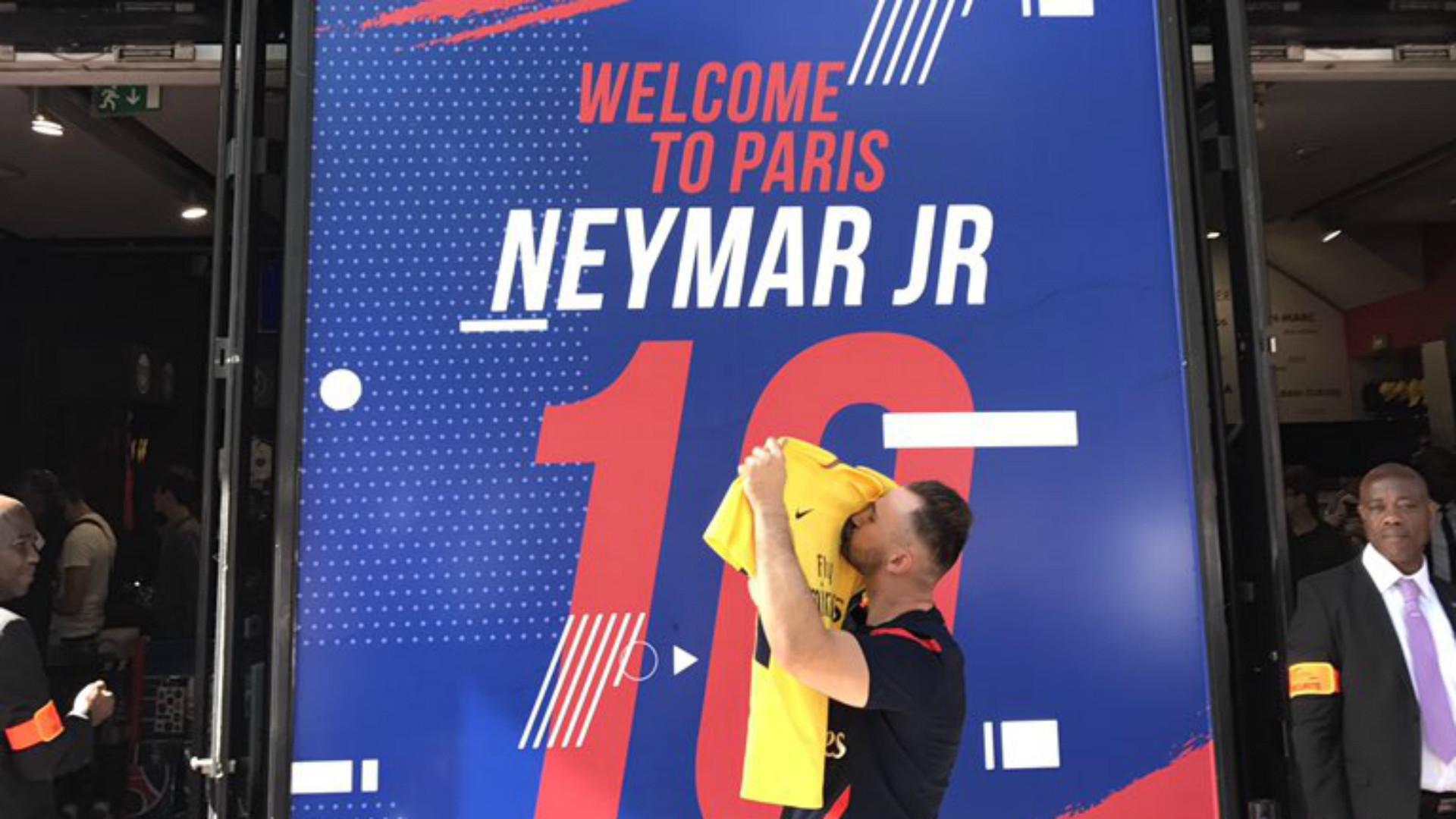 Neymar Premier maillot vendu PSG