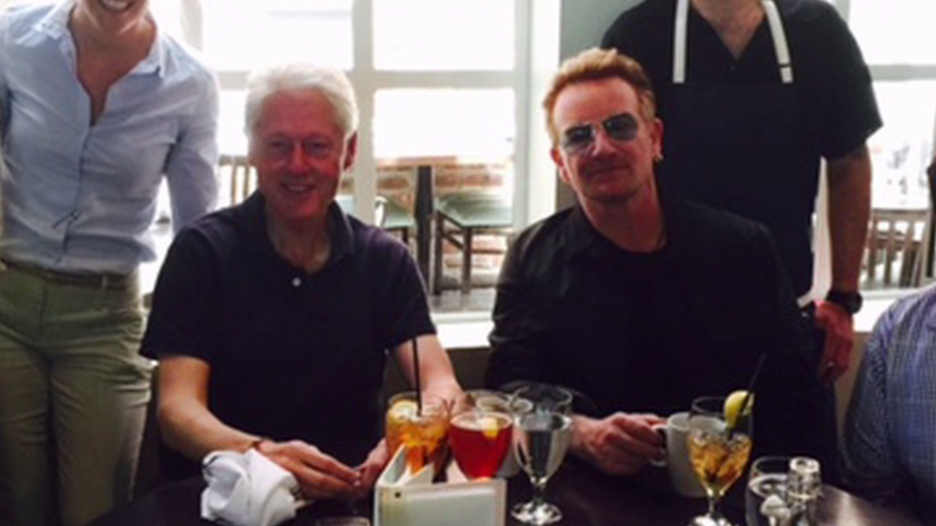 Bill Clinton and Bono have lunch in Denver