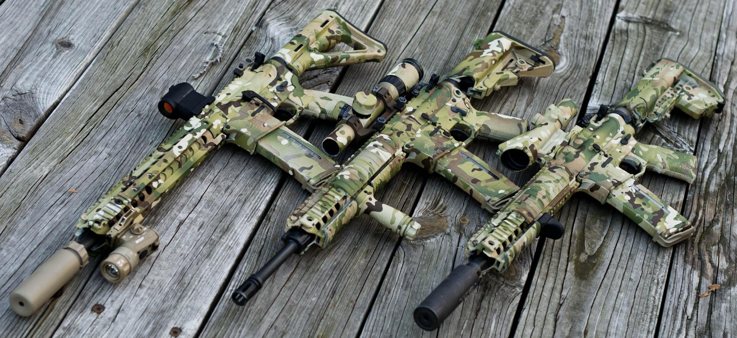 ar 15 assault rifle wood sight