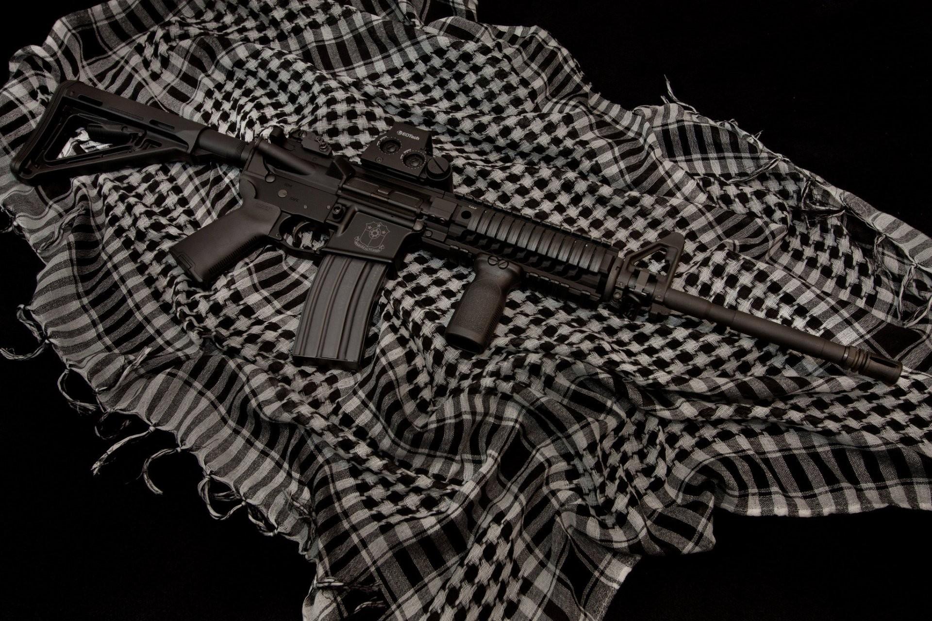 ar-15 assault rifle weapon cloth