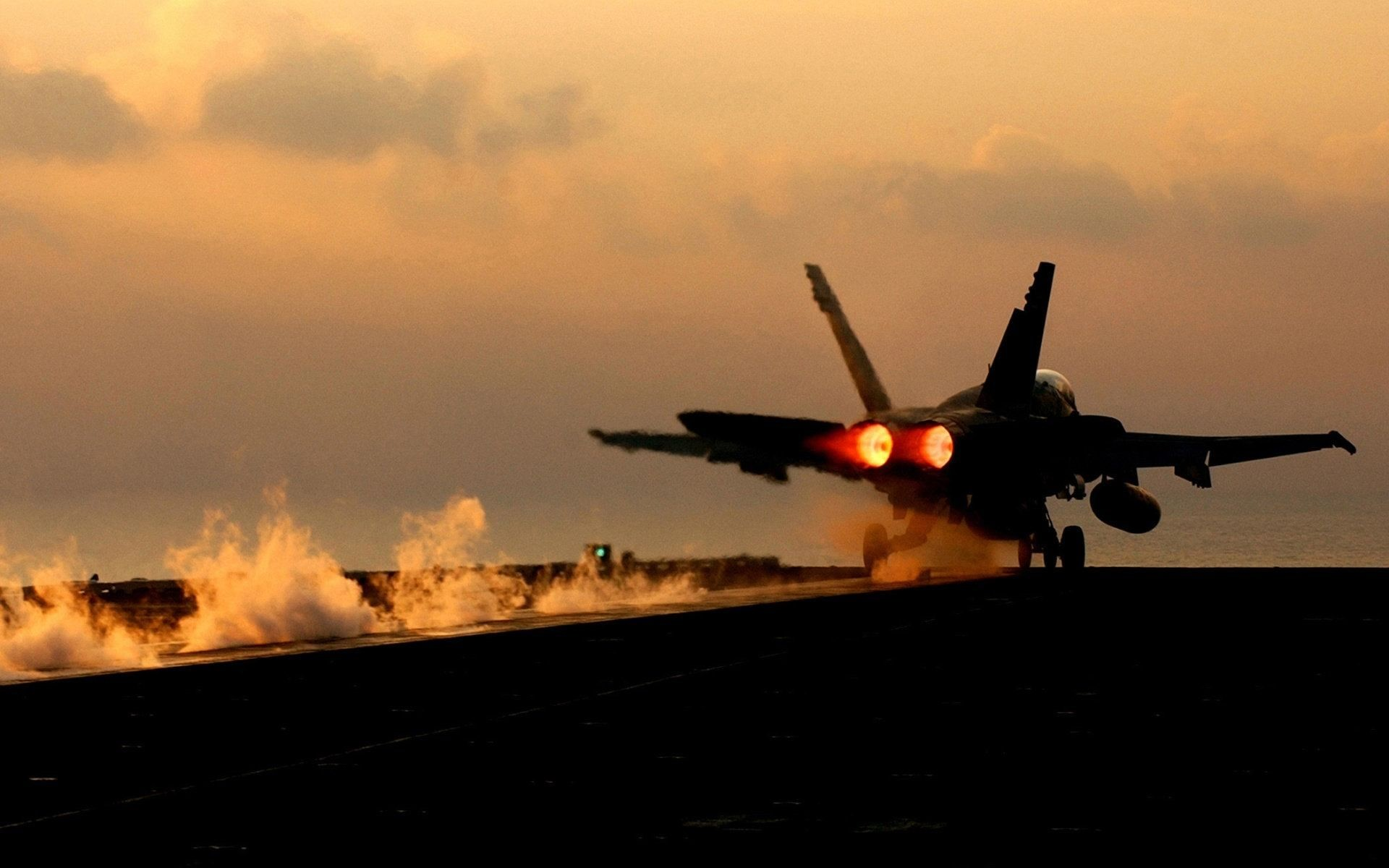 All free hd desktop wallpapers and backgrounds with Hornet Taking Off, an  all-weather carrier, Marine Corps, multirole fighter, United States Navy.  Image id