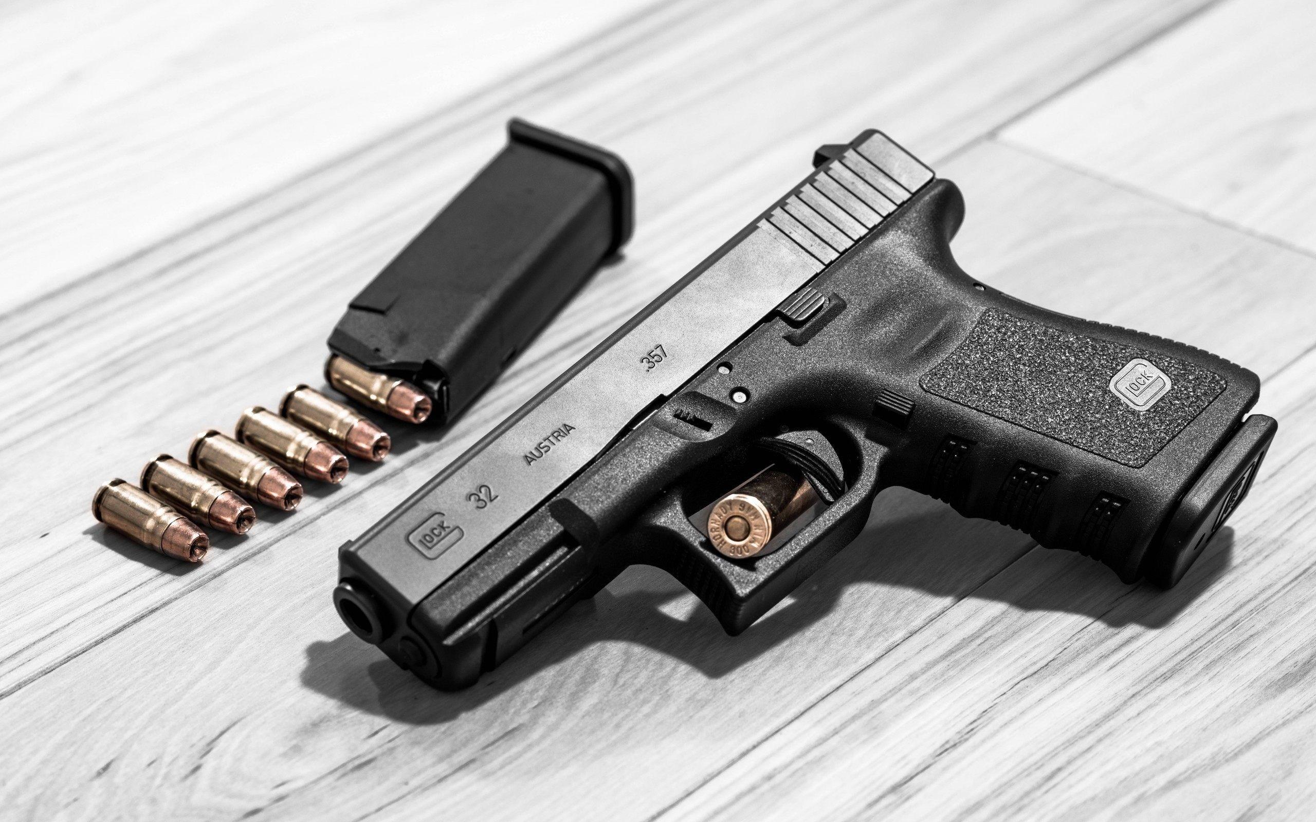 Designer Pistol HD Guns Wallpapers for Mobile and Desktop