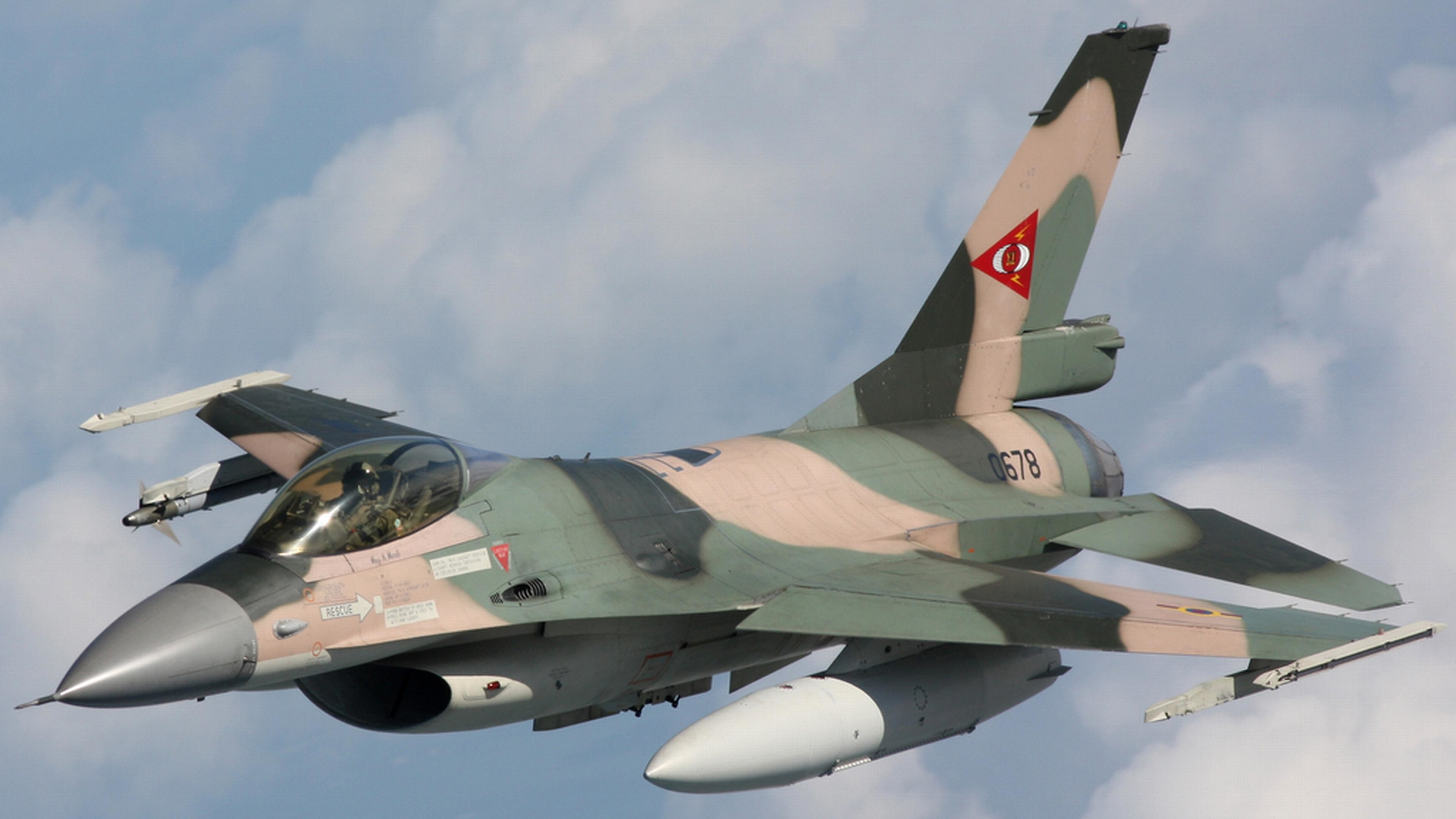 General Dynamics F-16 Fighting Falcon wallpapers for android
