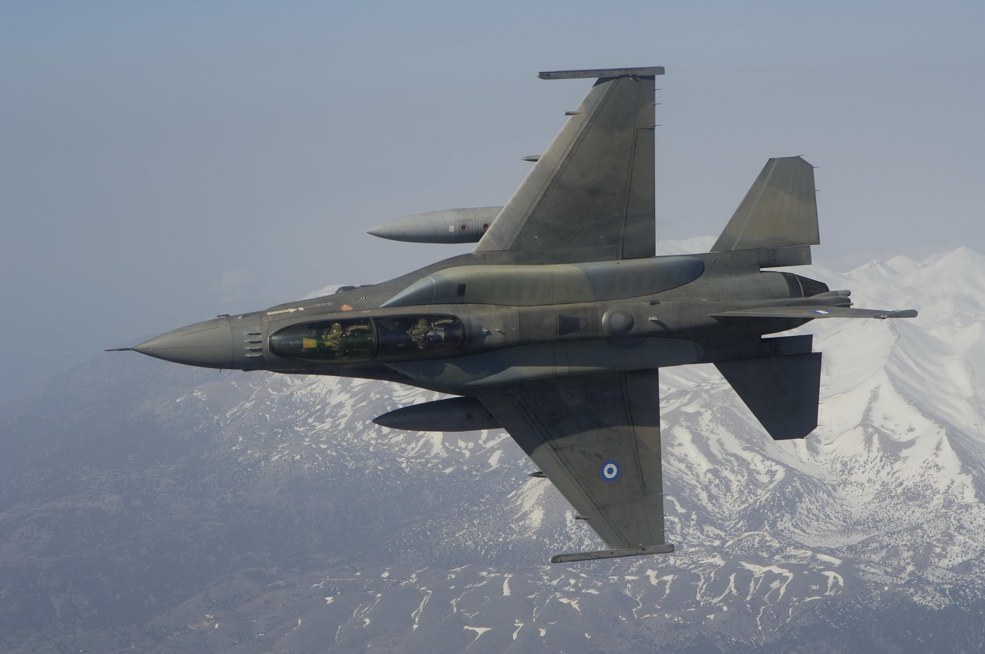 Military – General Dynamics F-16 Fighting Falcon Greek F-16 Wallpaper
