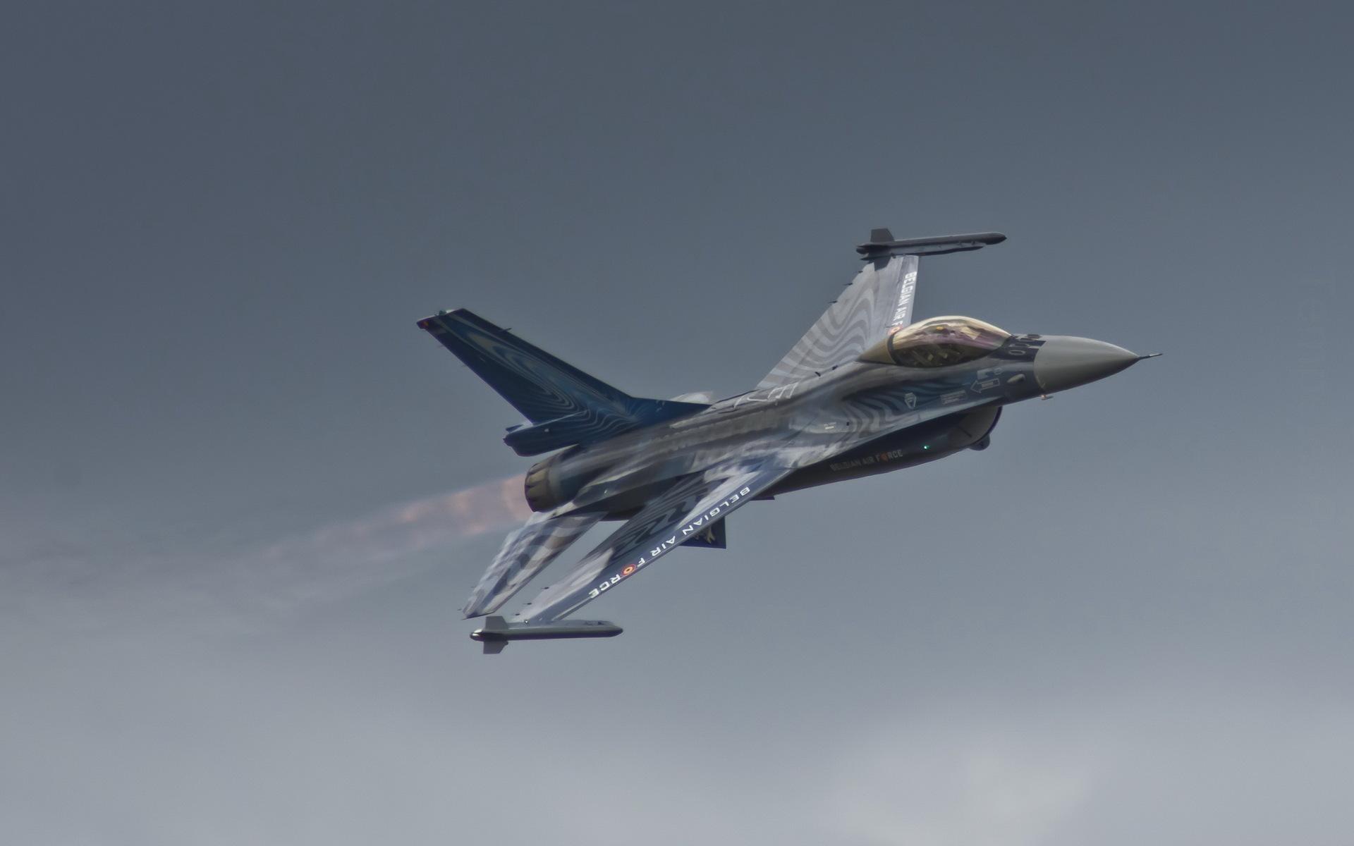 Belgian Air Force F-16 wallpaper thumb