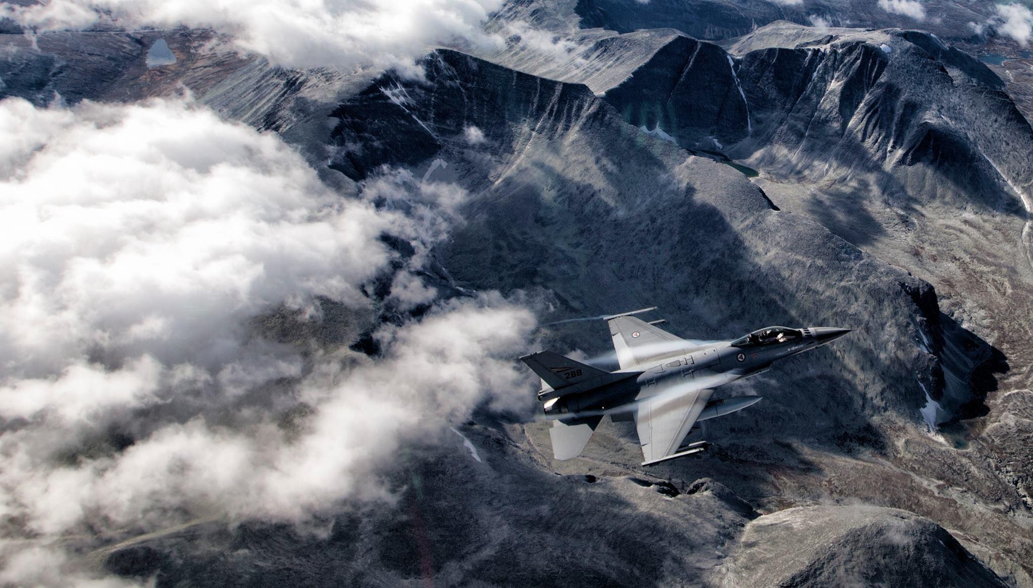 Norwegian F-16, mountain landscape. HD Wallpaper From Gallsource.com