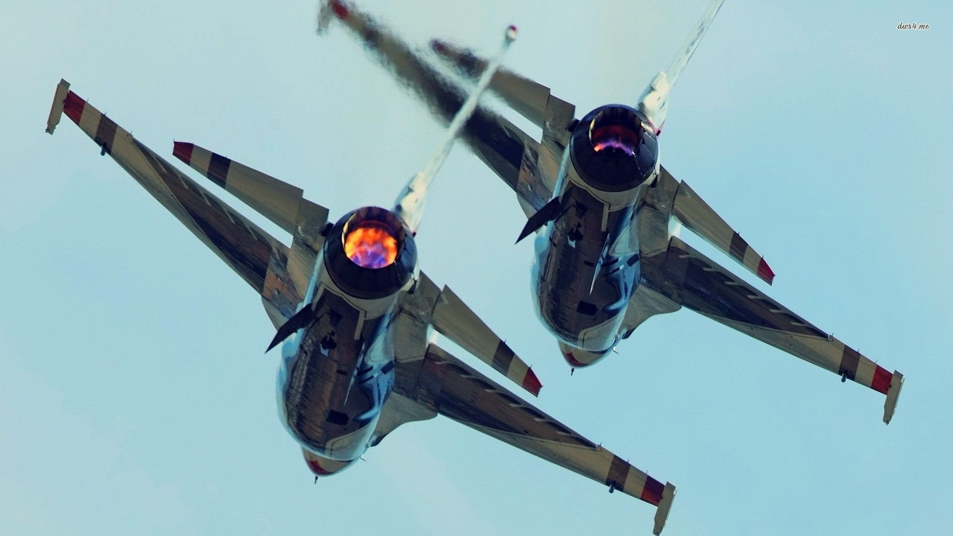 Military – General Dynamics F-16 Fighting Falcon Airplane Wallpaper