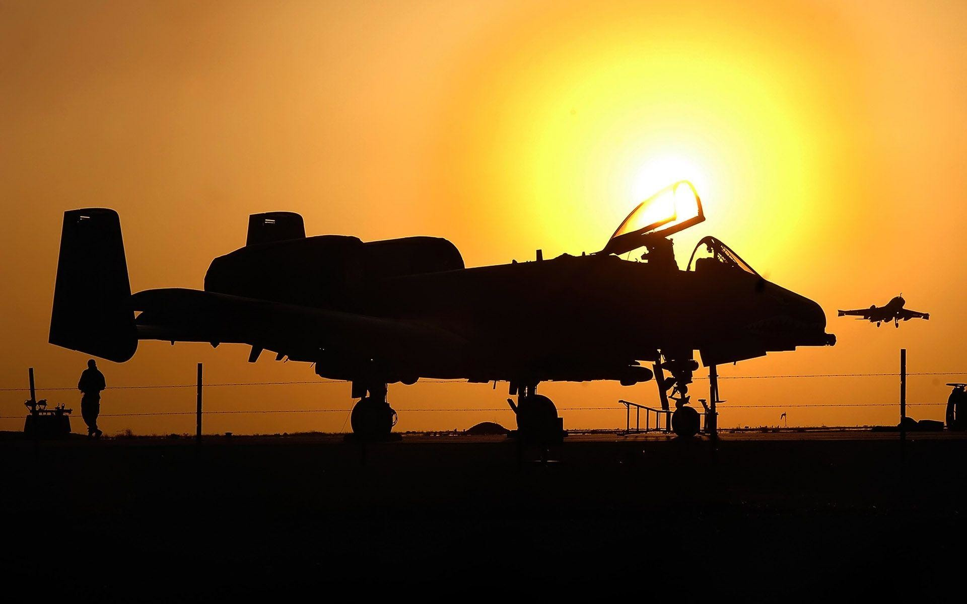 Maintenance Crews On A 10 Warthog Wallpapers | HD Wallpapers