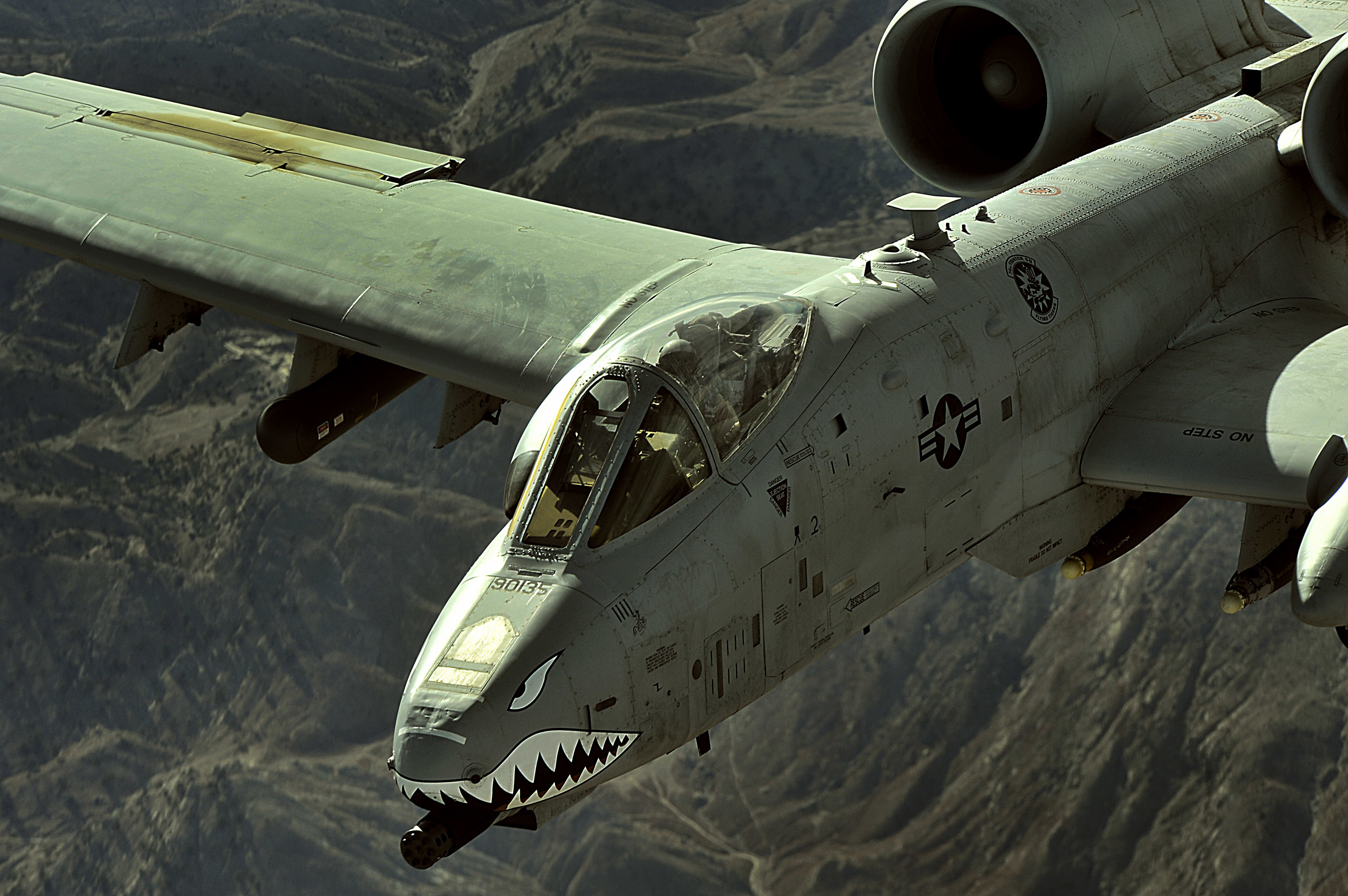 File:An A-10 Thunderbolt II flies a close-air-support mission