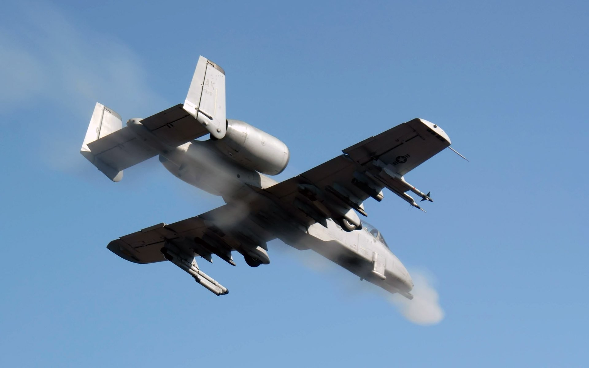 a10-bomber-jet-fighter-bomb-military-airplane-plane-thunderbolt-warthog-74- wallpaper-1.jpg (1920×1200) | UNITED STATES AIR FORCE | Pinterest | Air  force