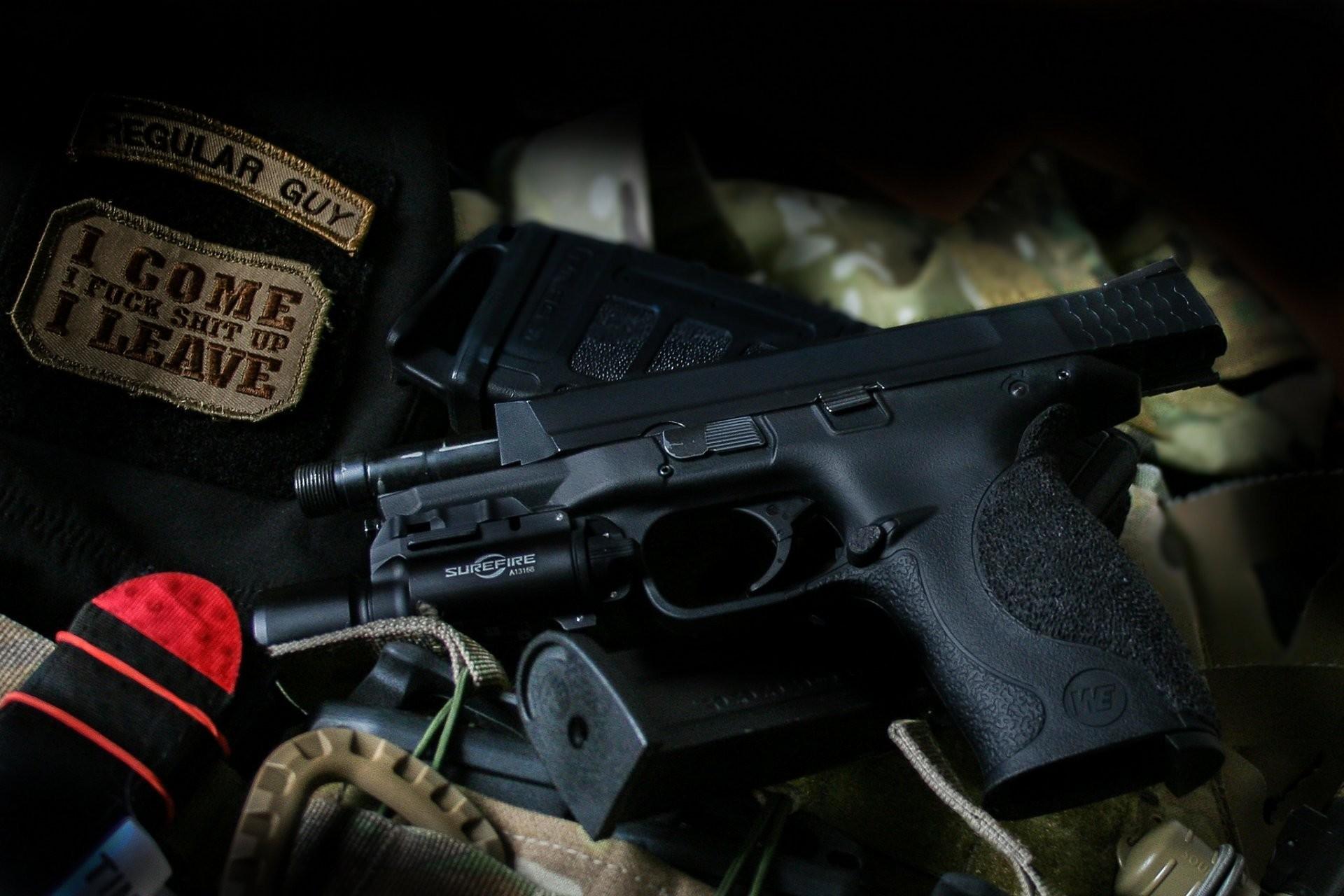 smith & wesson m&p9 gun flashlight weapon HD wallpaper