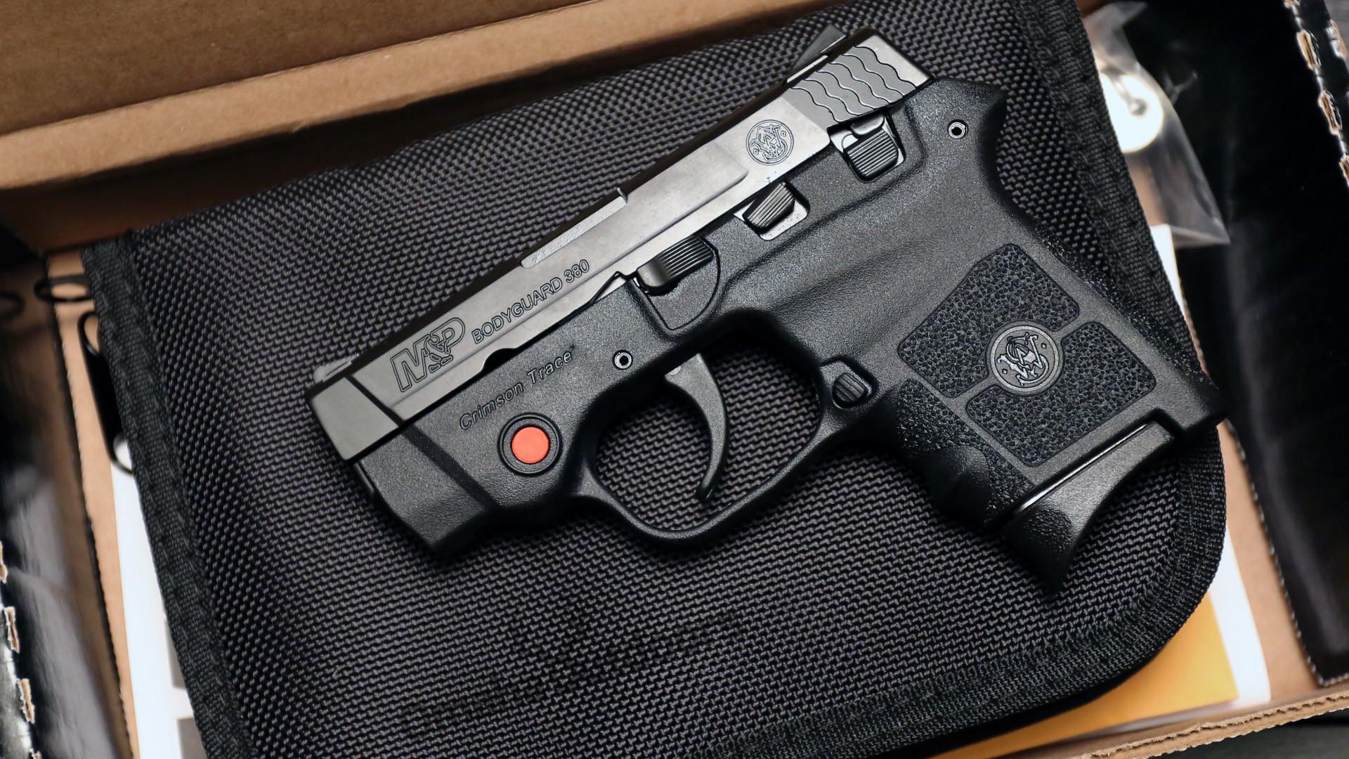 Smith & Wesson Bodyguard Crimson Trace Laser