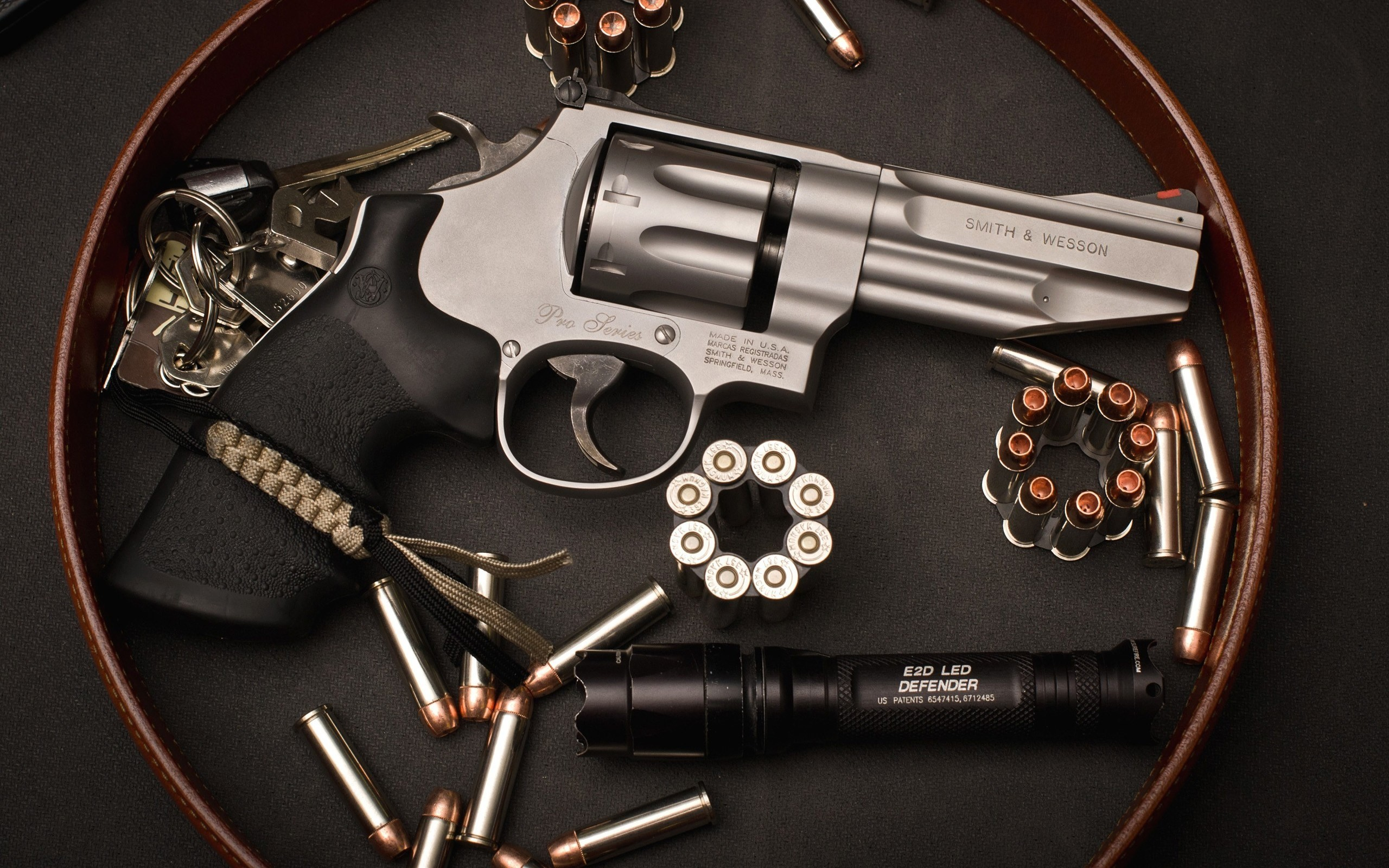 #1582352, Widescreen Wallpapers: smith and wesson revolver pic