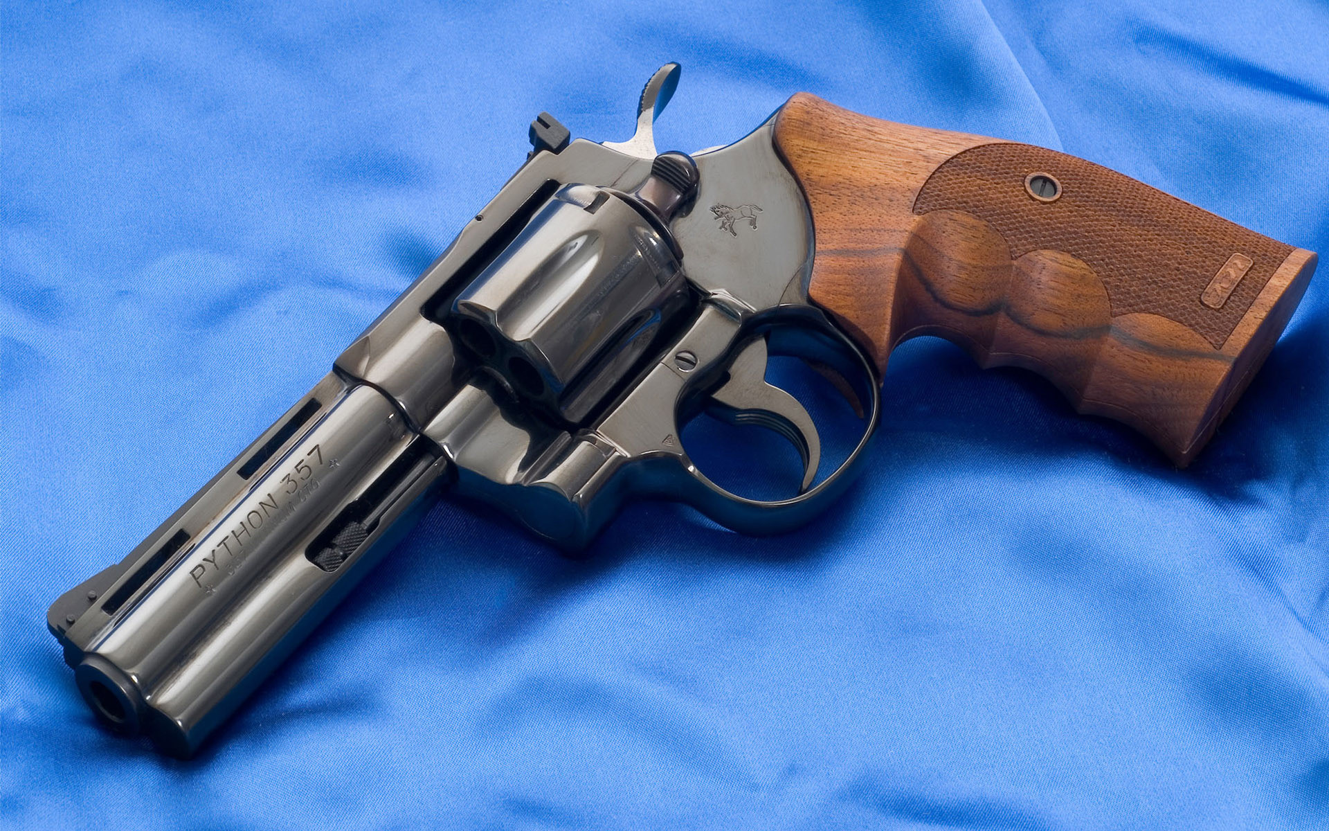 Smith And Wesson Revolver 357 Wallpaper