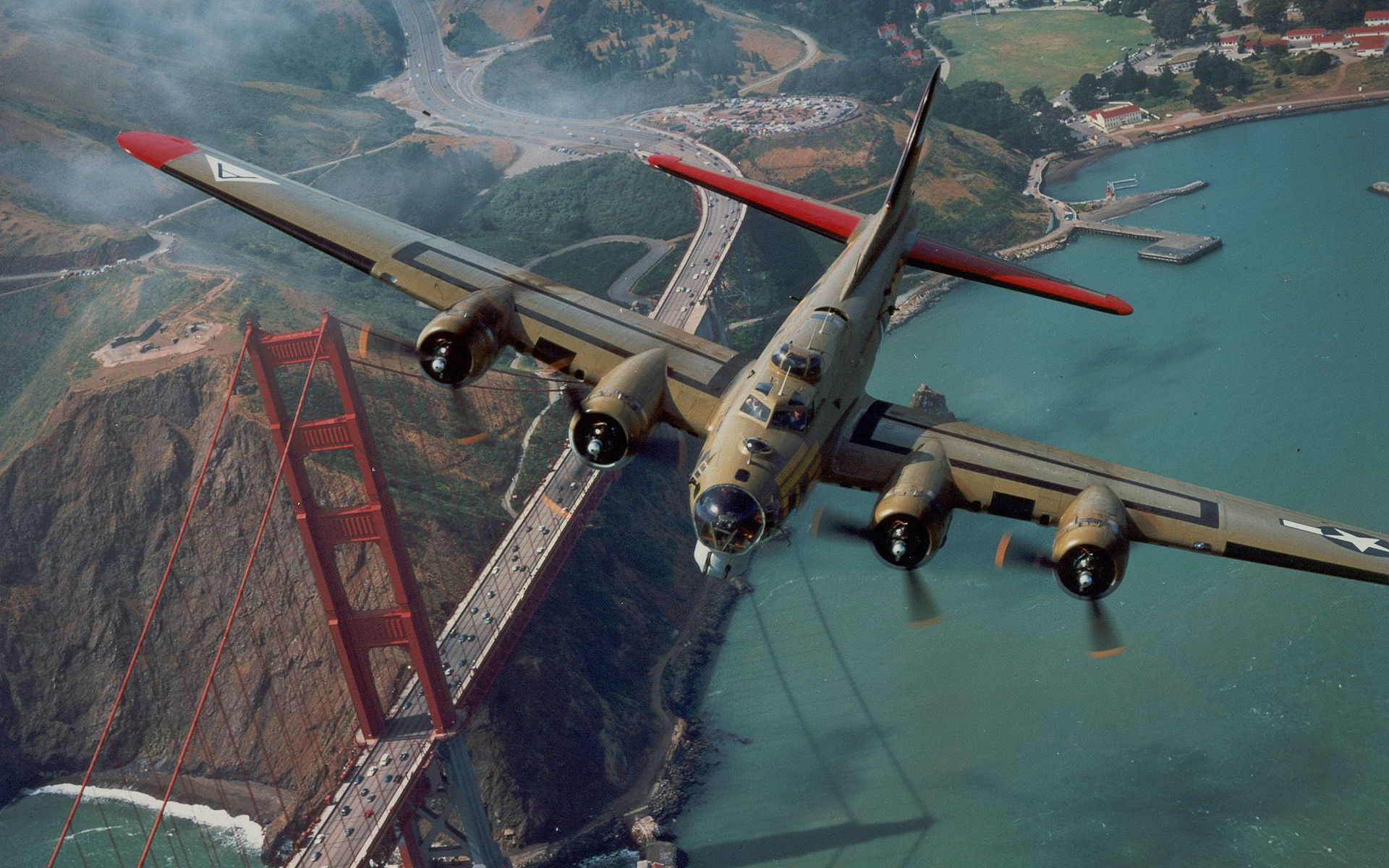 Military – Boeing B-17 Flying Fortress Wallpaper