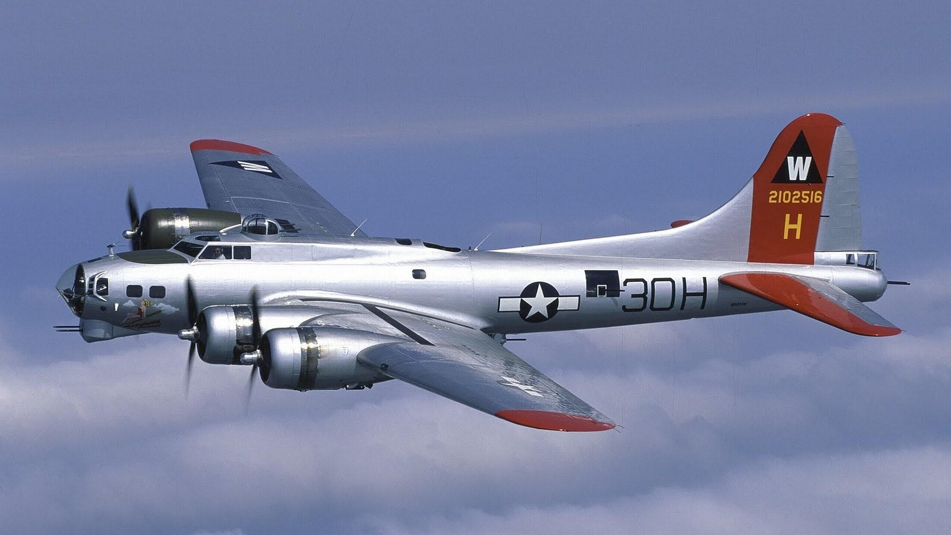 B 17 Bomber 821733 · boeing b-17 flying fortress 720344