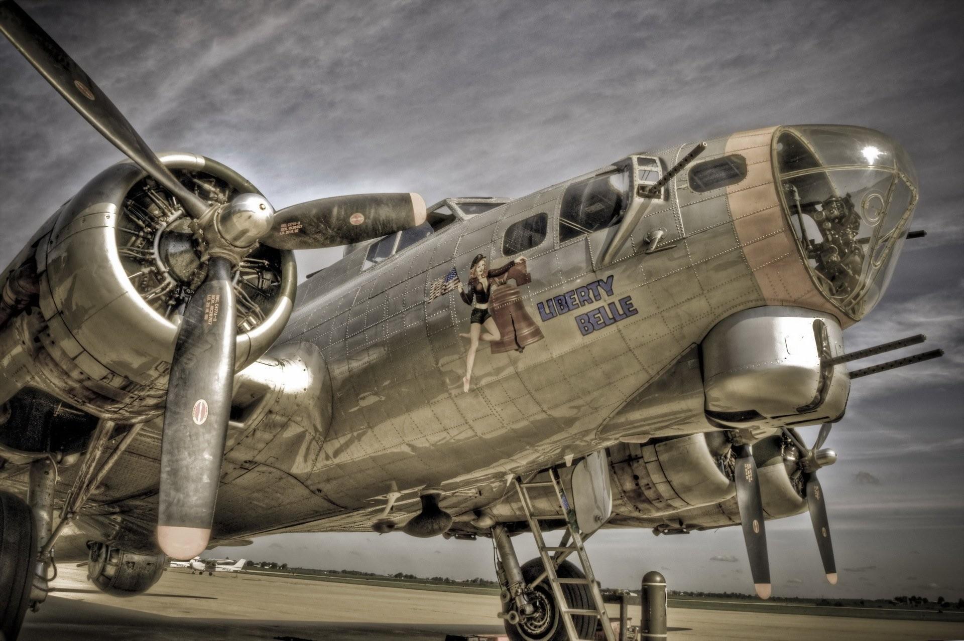 b17 plane weapon