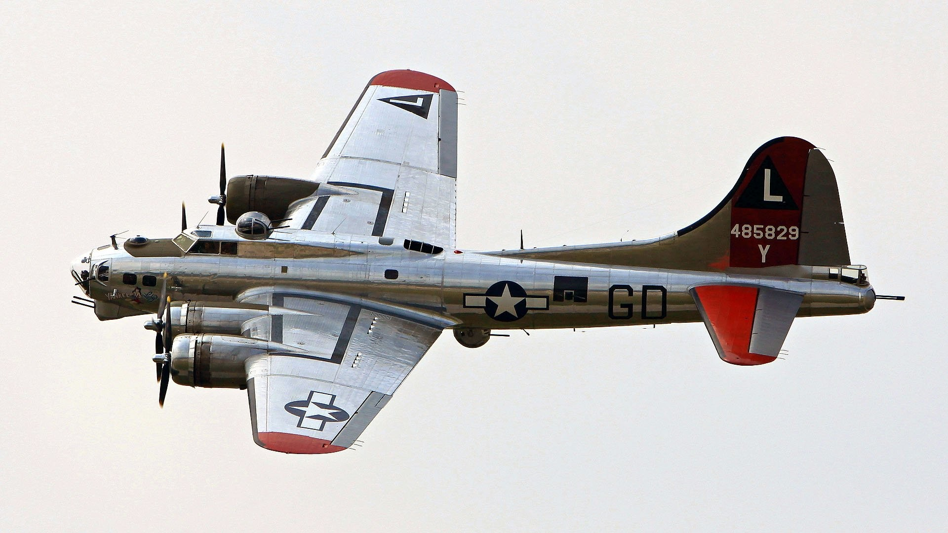 B 17 Flying Fortress 447570