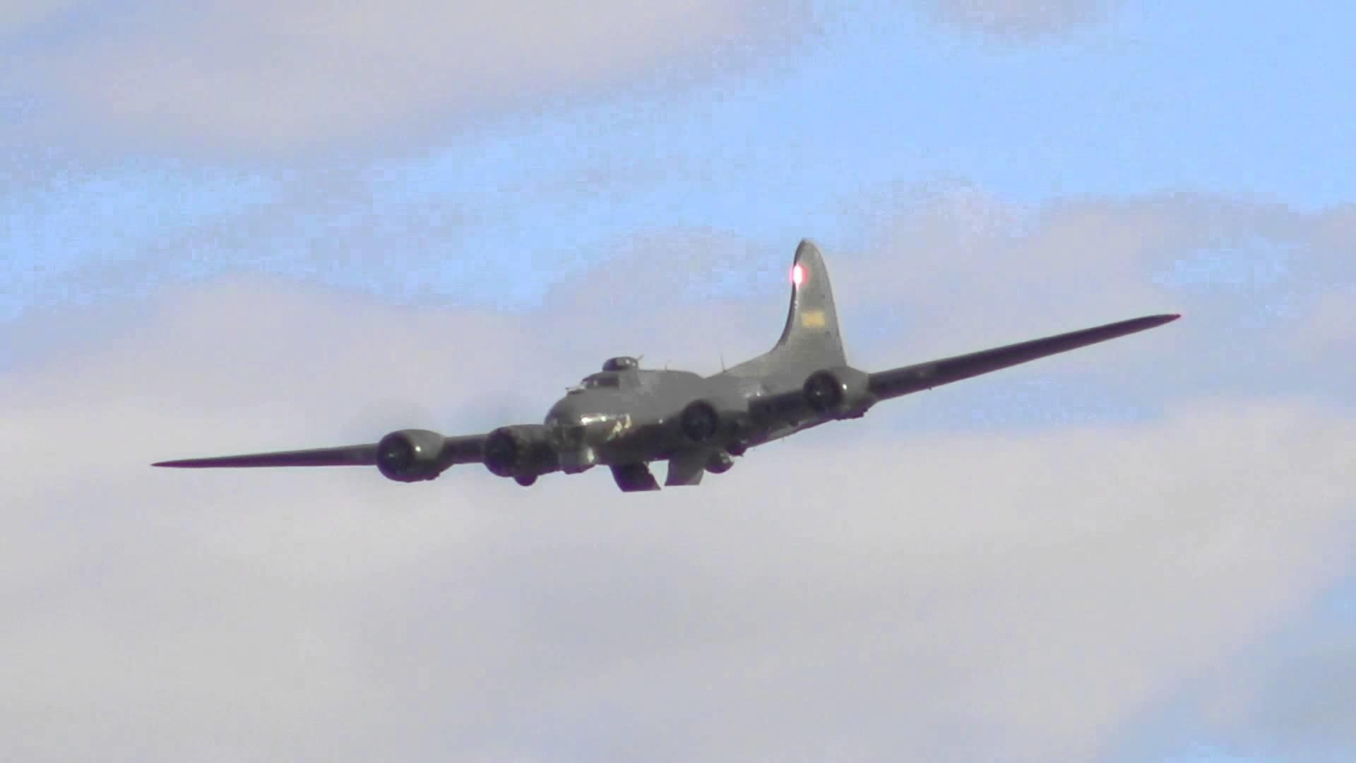 Boeing B-17 Flying Fortress, 'Sally B' – Duxford Battle of Britain 75  Airshow 2015