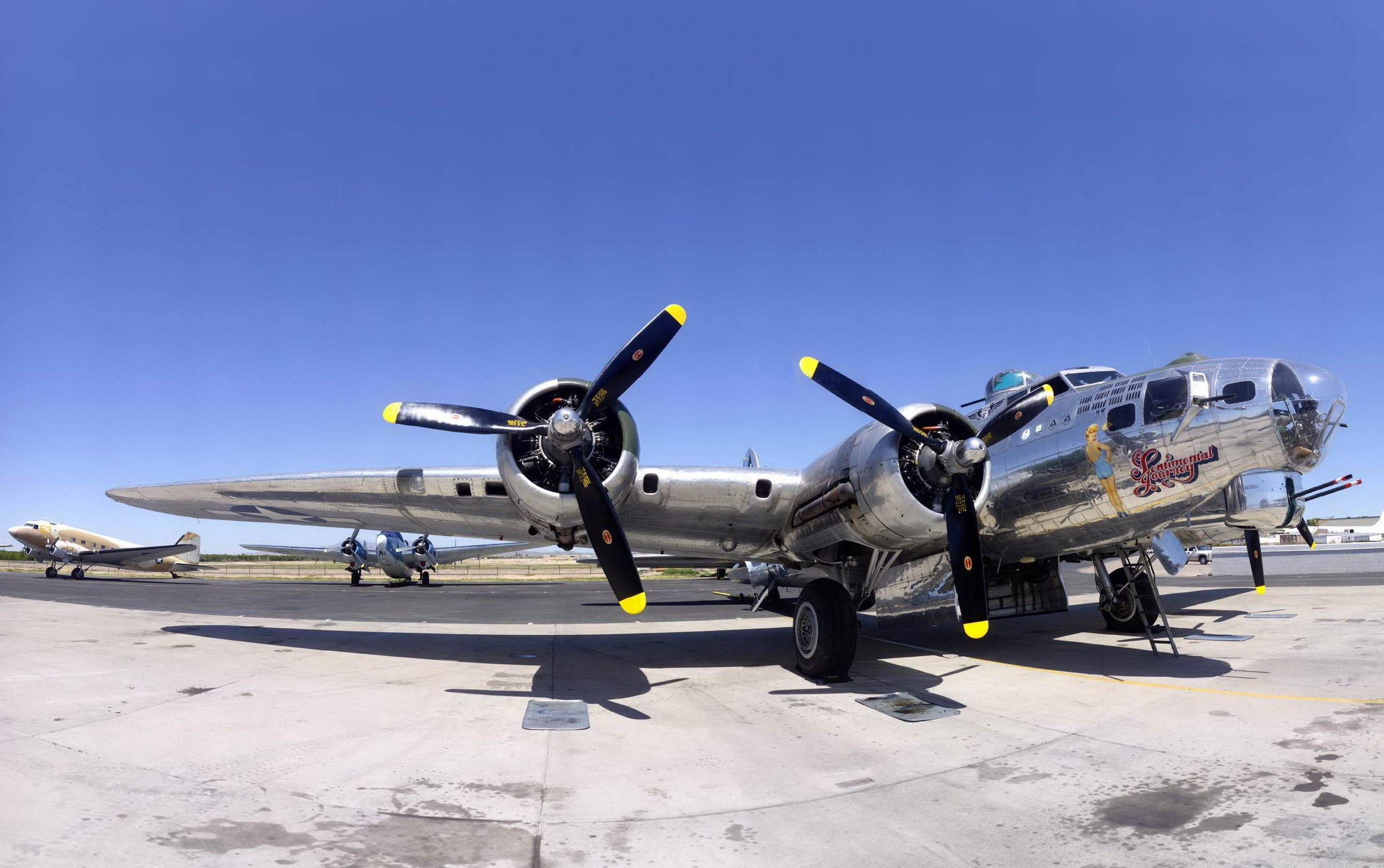 Widescreen Wallpapers: boeing b 17 flying fortress backround, 574 kB –  Axton Jones
