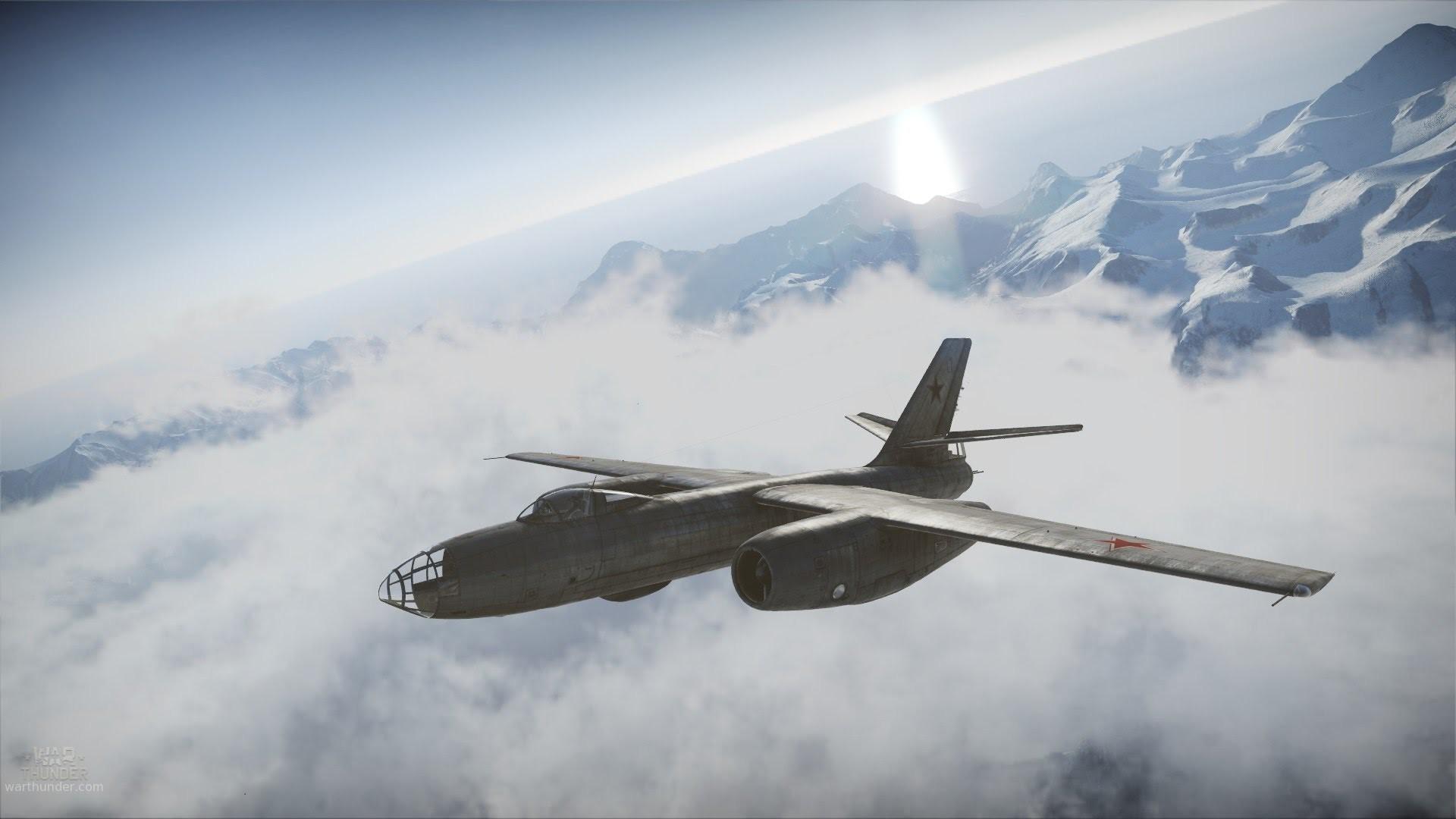 War Thunder IL-28 Jet Bomber vs B-17 Flying Fortress