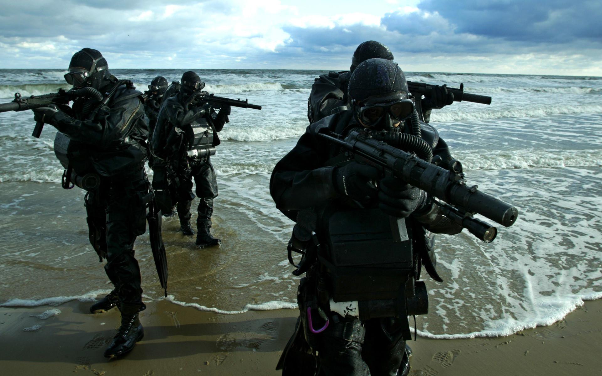 2011 Nave-Seals-Wallpaper-marine-commandos-combat-swimmers-sea