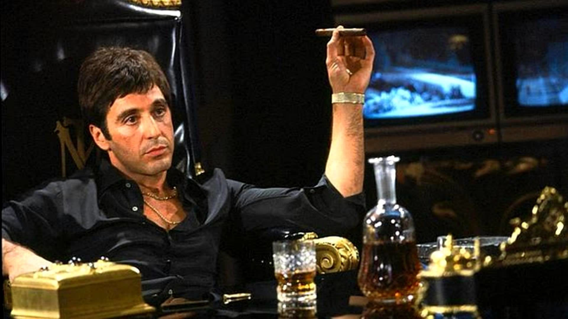 Critica Scarface The world is yours