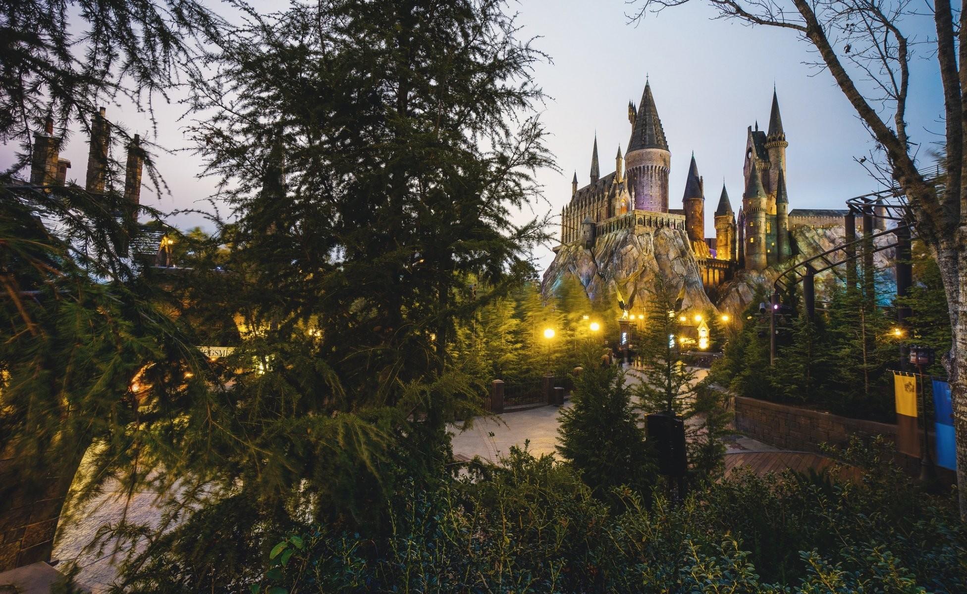 hogwarts wizarding world of harry potter tower castle