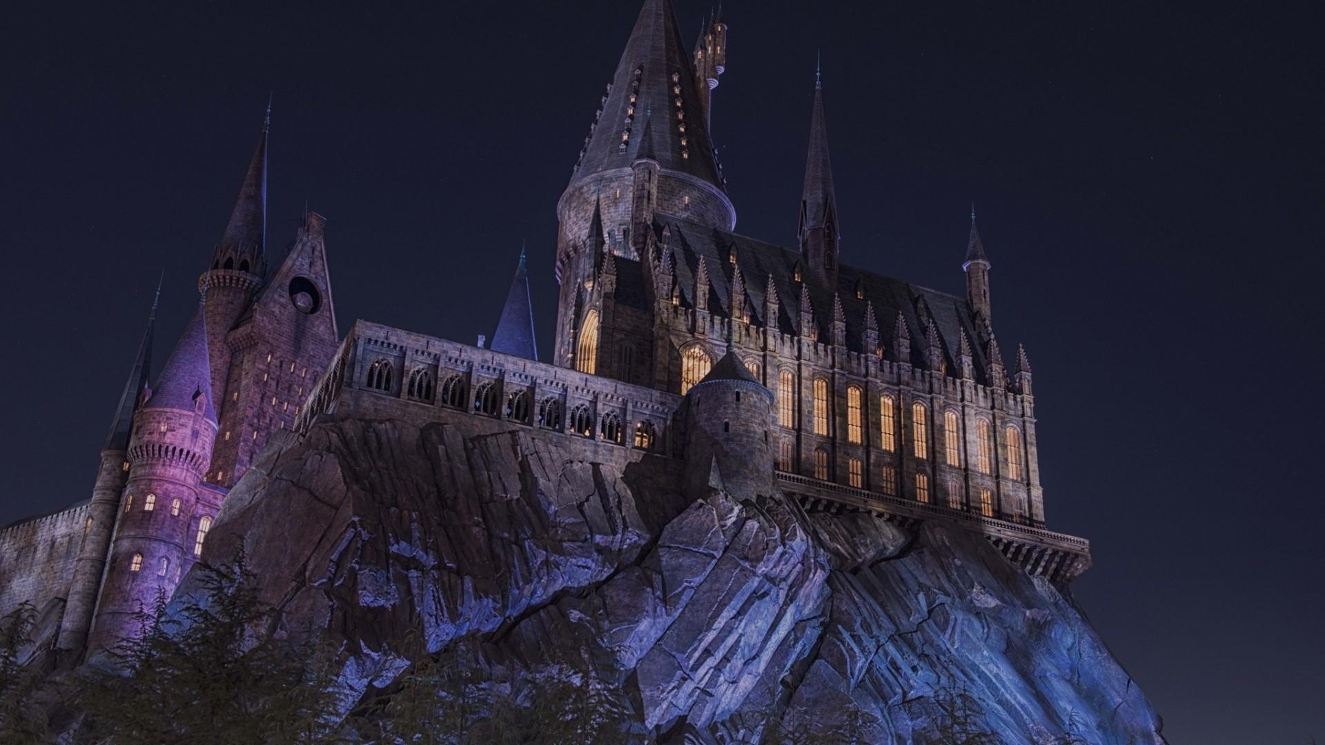 HD Hogwarts Castle Background.