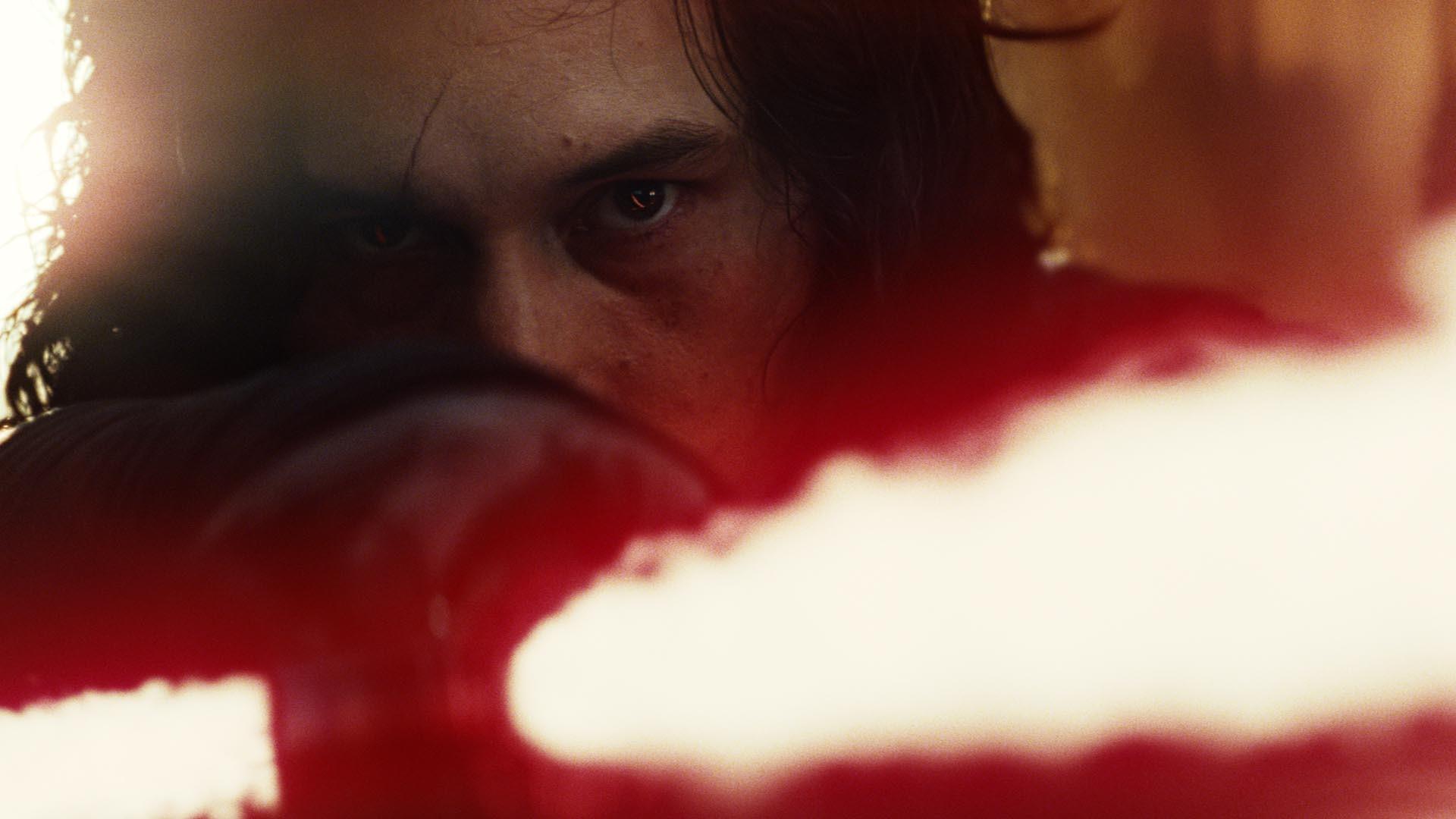 Kylo Ren (Adam Driver) – Star Wars: The Last Jedi wallpaper