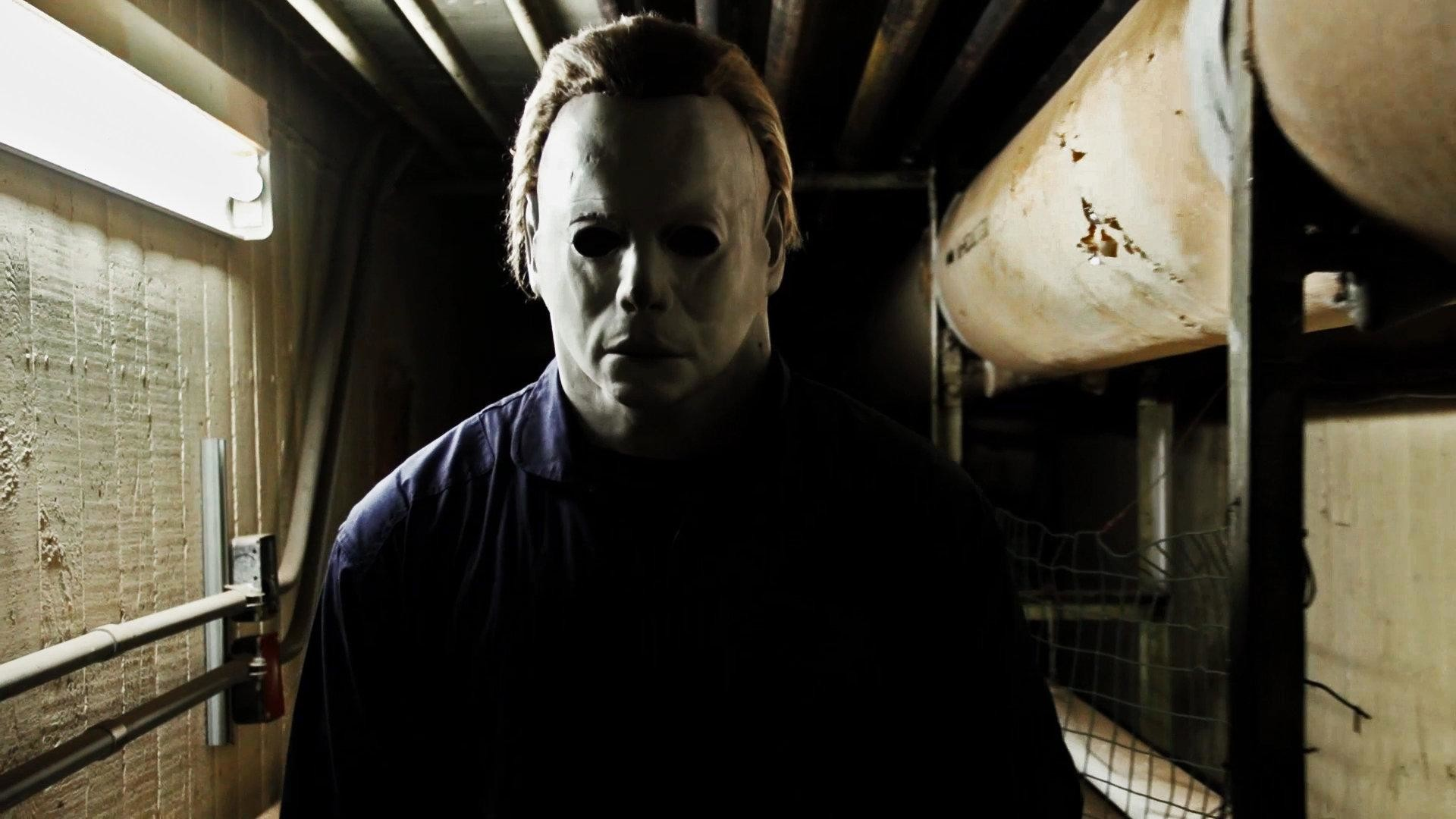 Michael Myers Scare Prank Brings Halloween Early