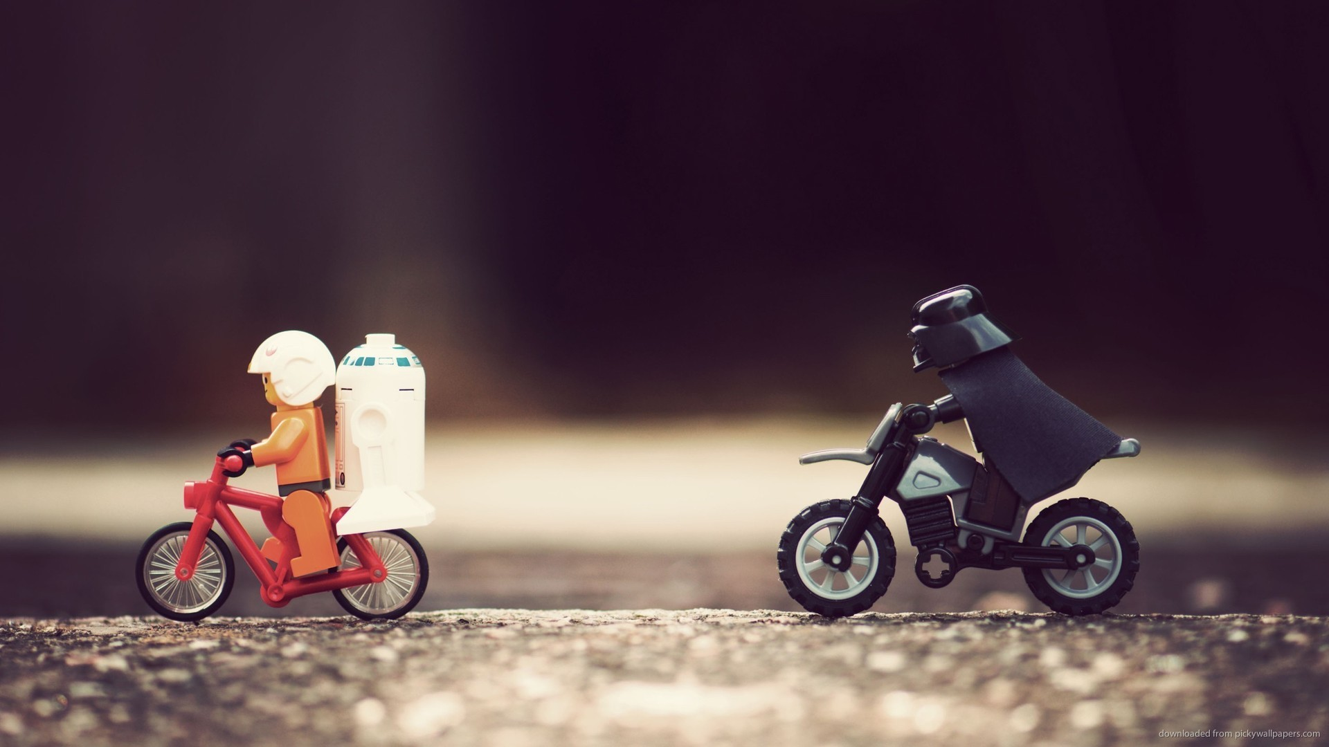 Darth Vader Chasing Luke And R2D2 for 1920×1080