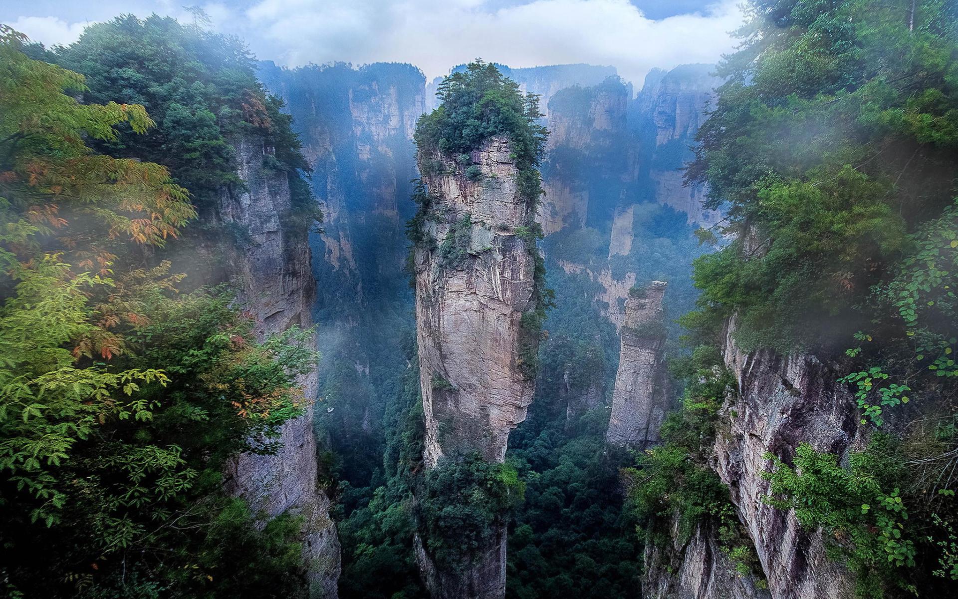 Zhangjiajie National Park – Hallelujah Mountains …