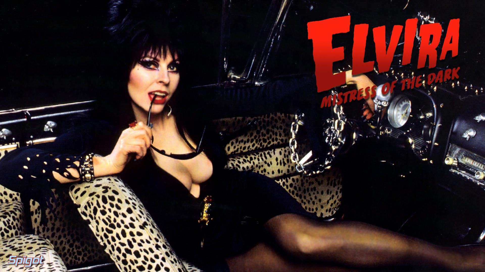 Elvira Mistress Of The Dark Wallpaper Another elvira wallpaper for