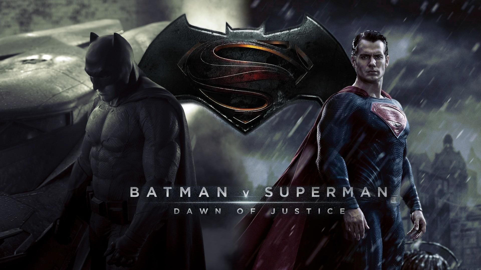 Superman vs Batman Wallpaper https://wallpaperazzi.net/2015/12/